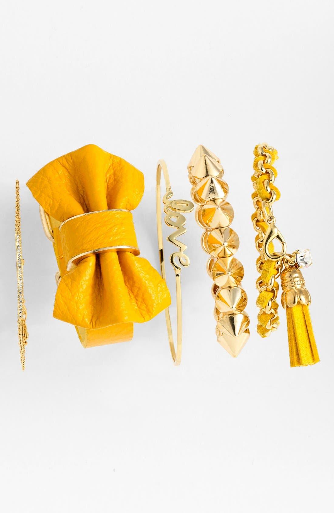 Main Image - Cara Bow Bracelet