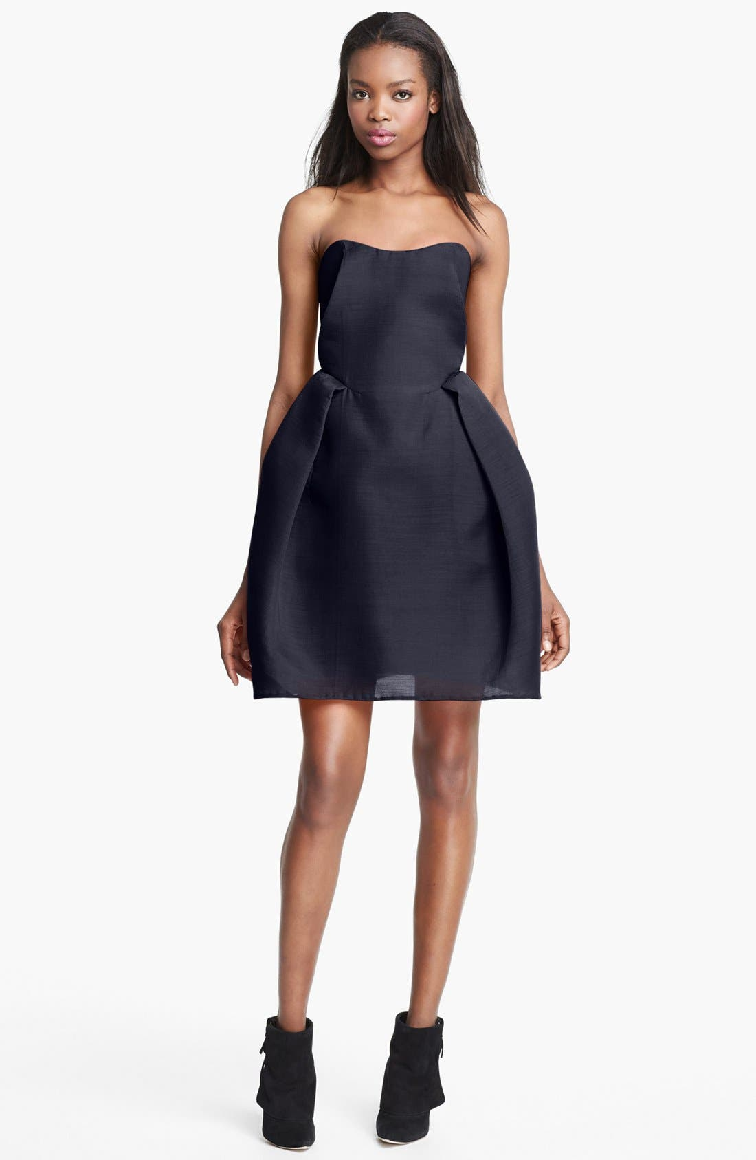 Main Image - Carven Strapless Gazar Dress