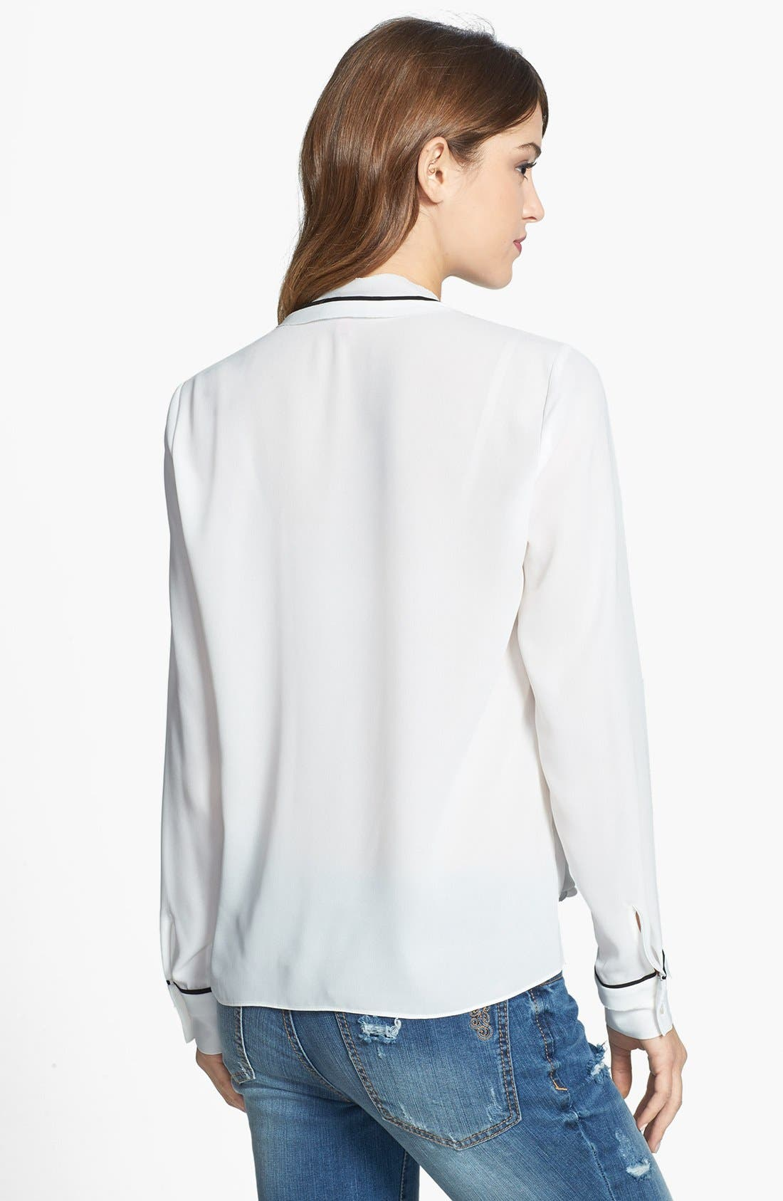 Alternate Image 2  - Vince Camuto Contrast Trim Wrap Front Blouse