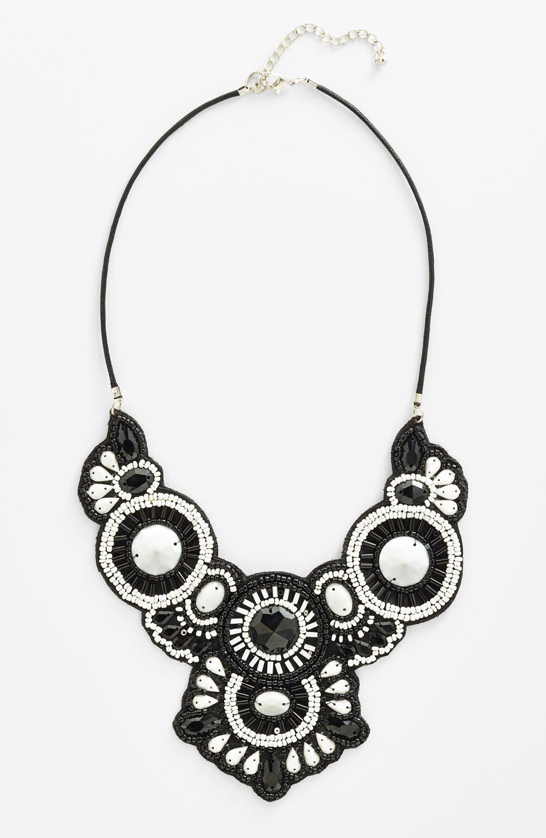 Alternate Image 1 Selected - Spring Street 'Frieda' Necklace