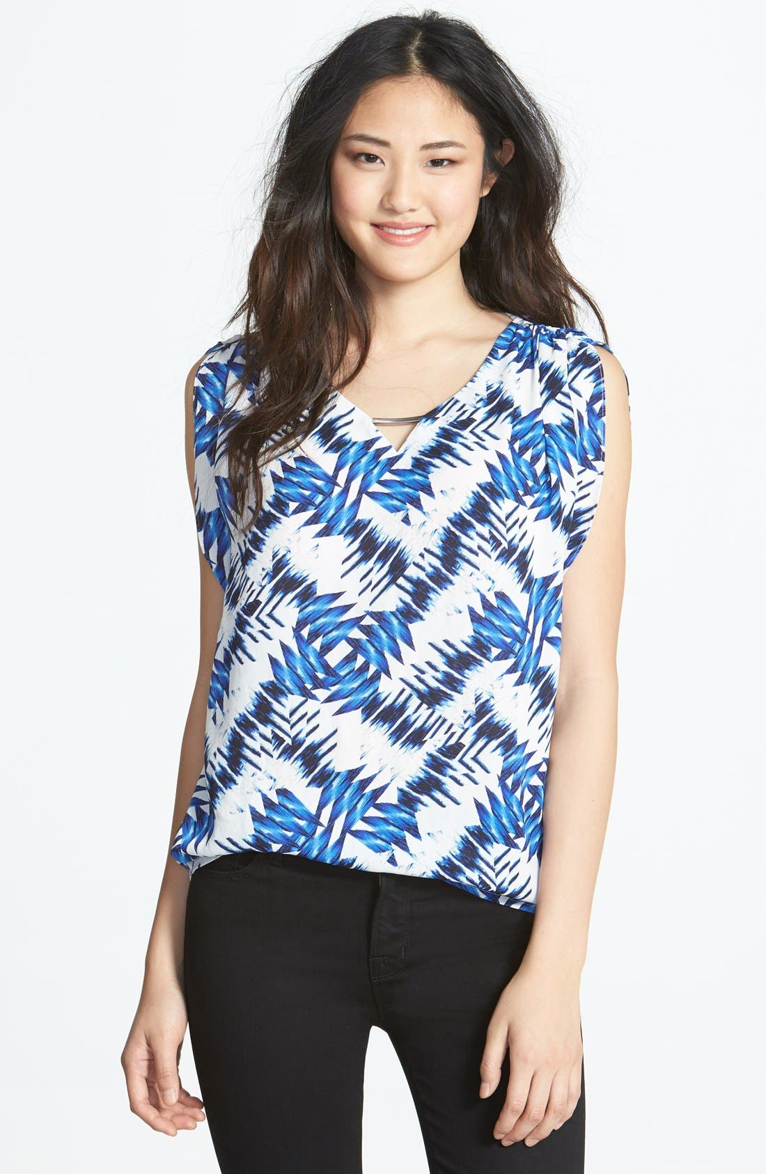 Alternate Image 1 Selected - Chaus Ruched Print V-Neck Top