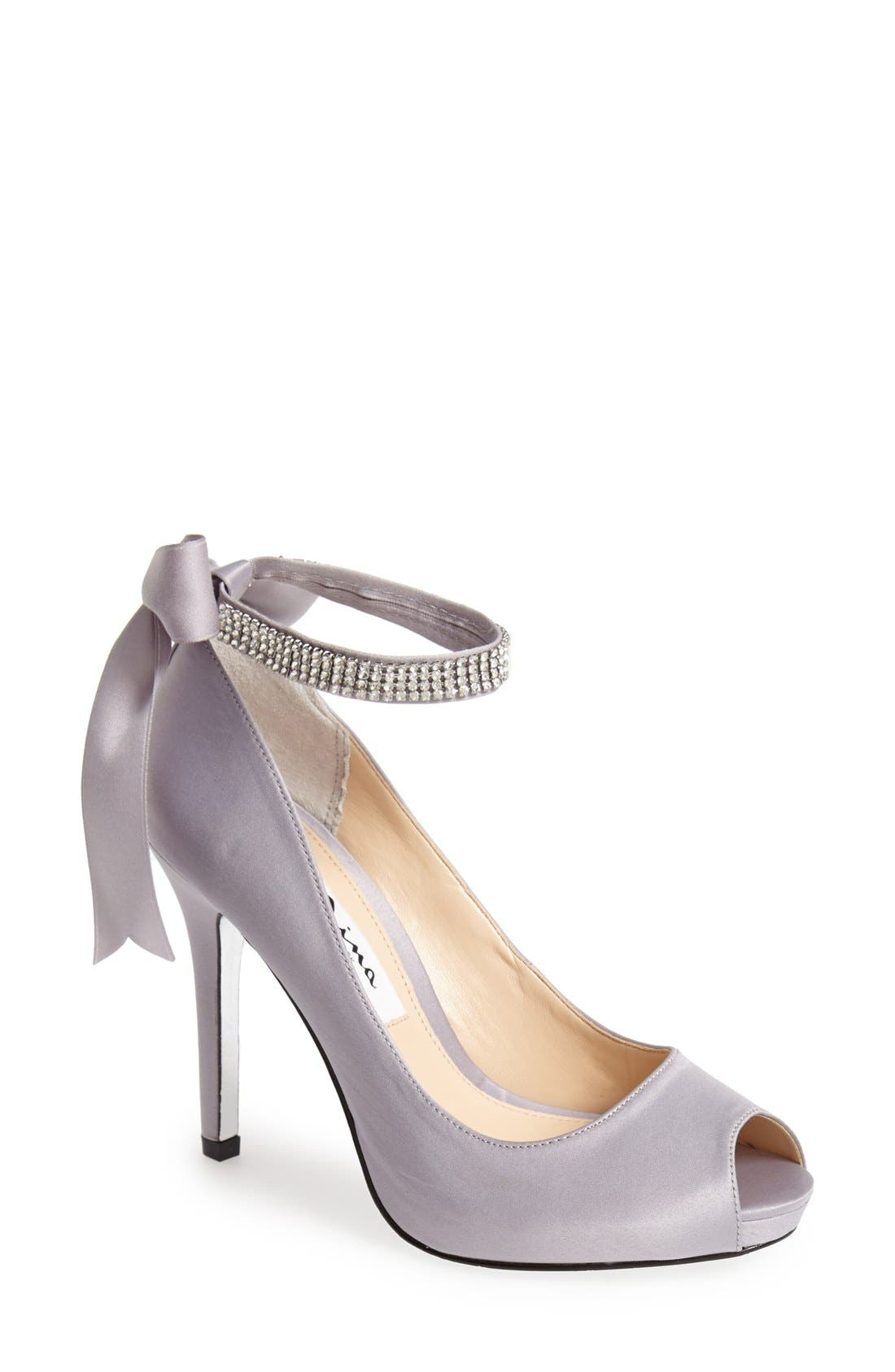 Alternate Image 1 Selected - Nina 'Karen' Platform Pump (Women)