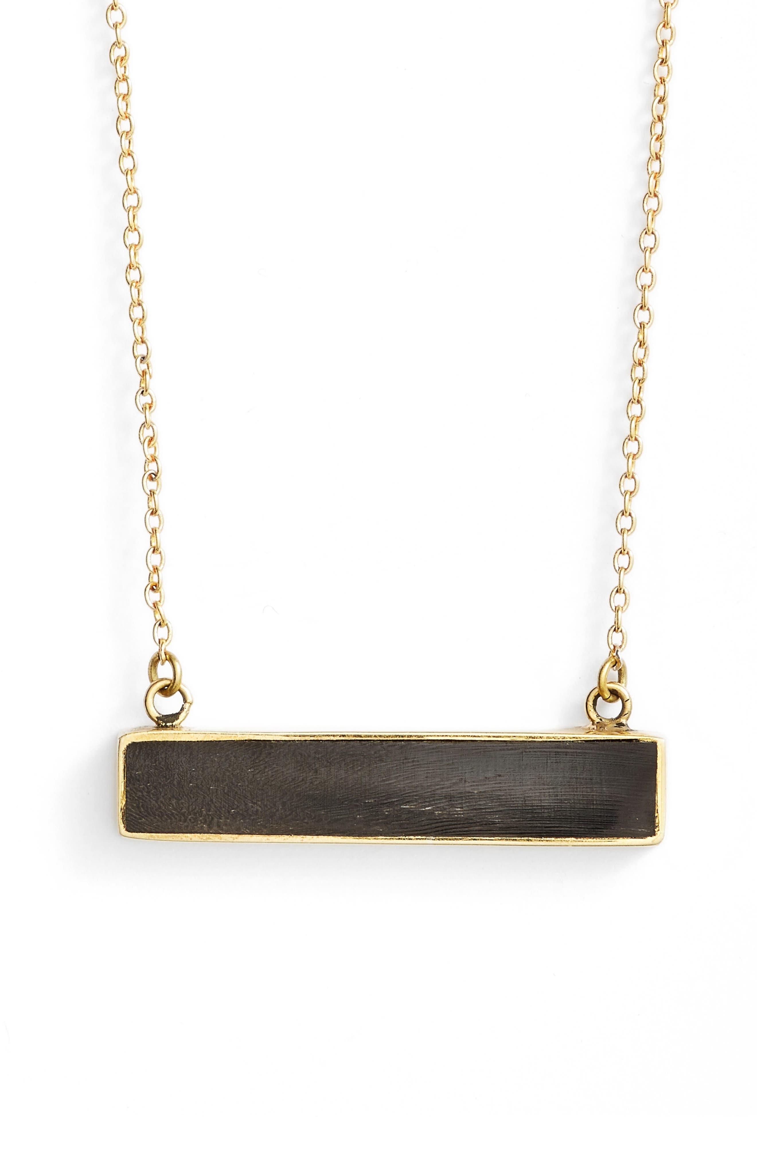 SOKO Horizontal Horn Bar Pendant Necklace
