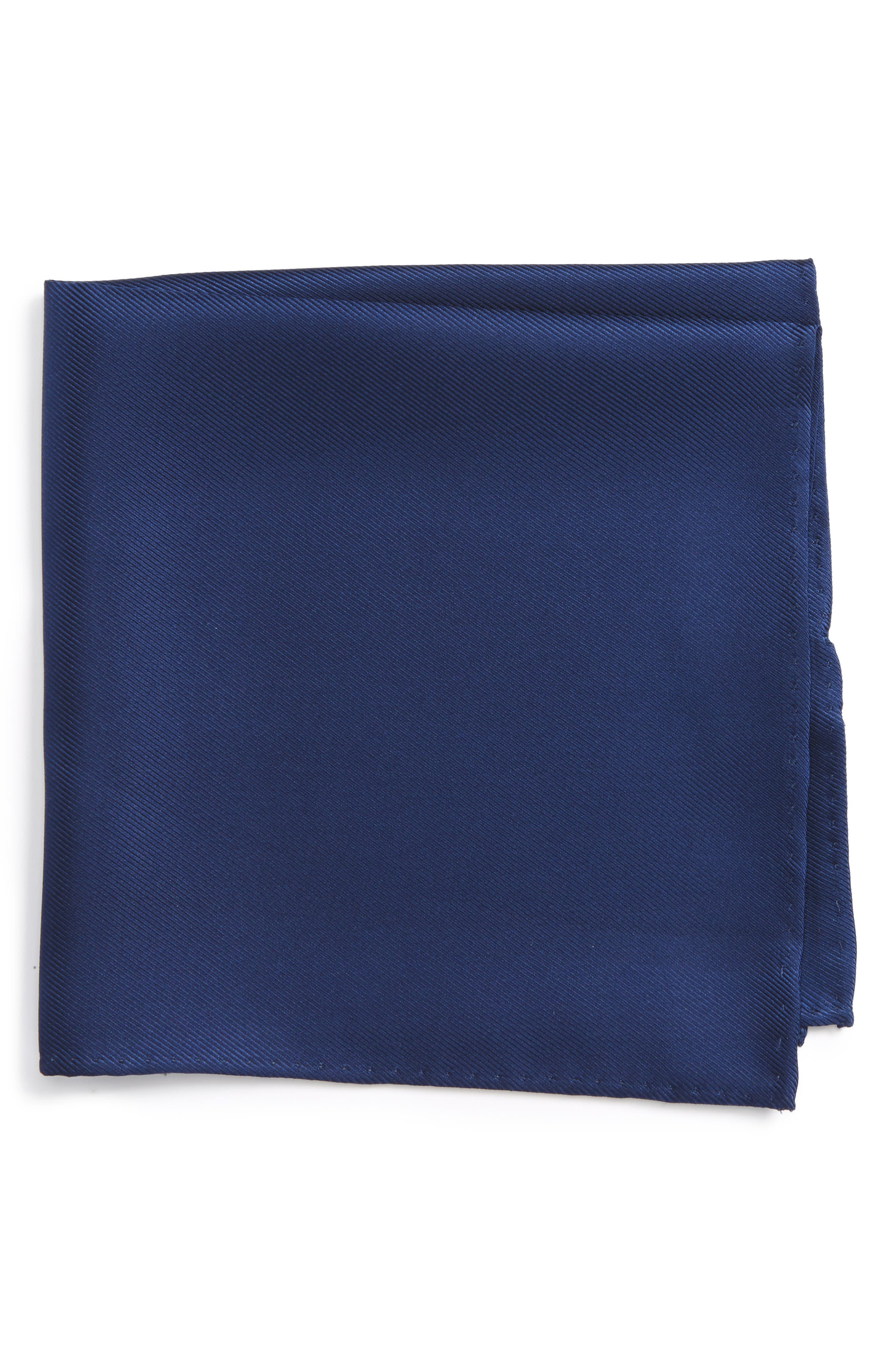 Alternate Image 1 Selected - Nordstrom Men's Shop Solid Silk Pocket Square
