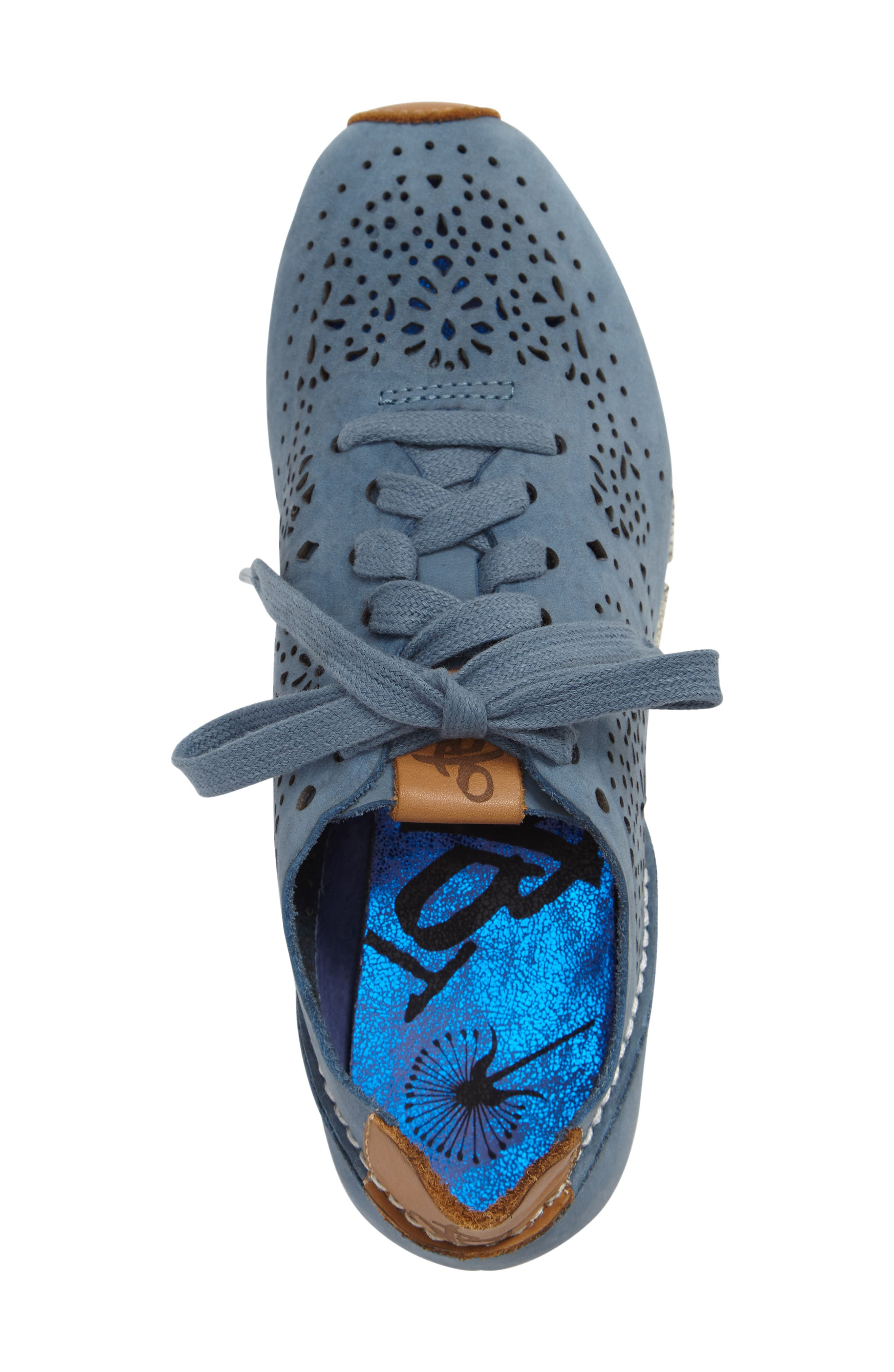 Khora Sneaker,                             Alternate thumbnail 3, color,                             Electric Blue Leather