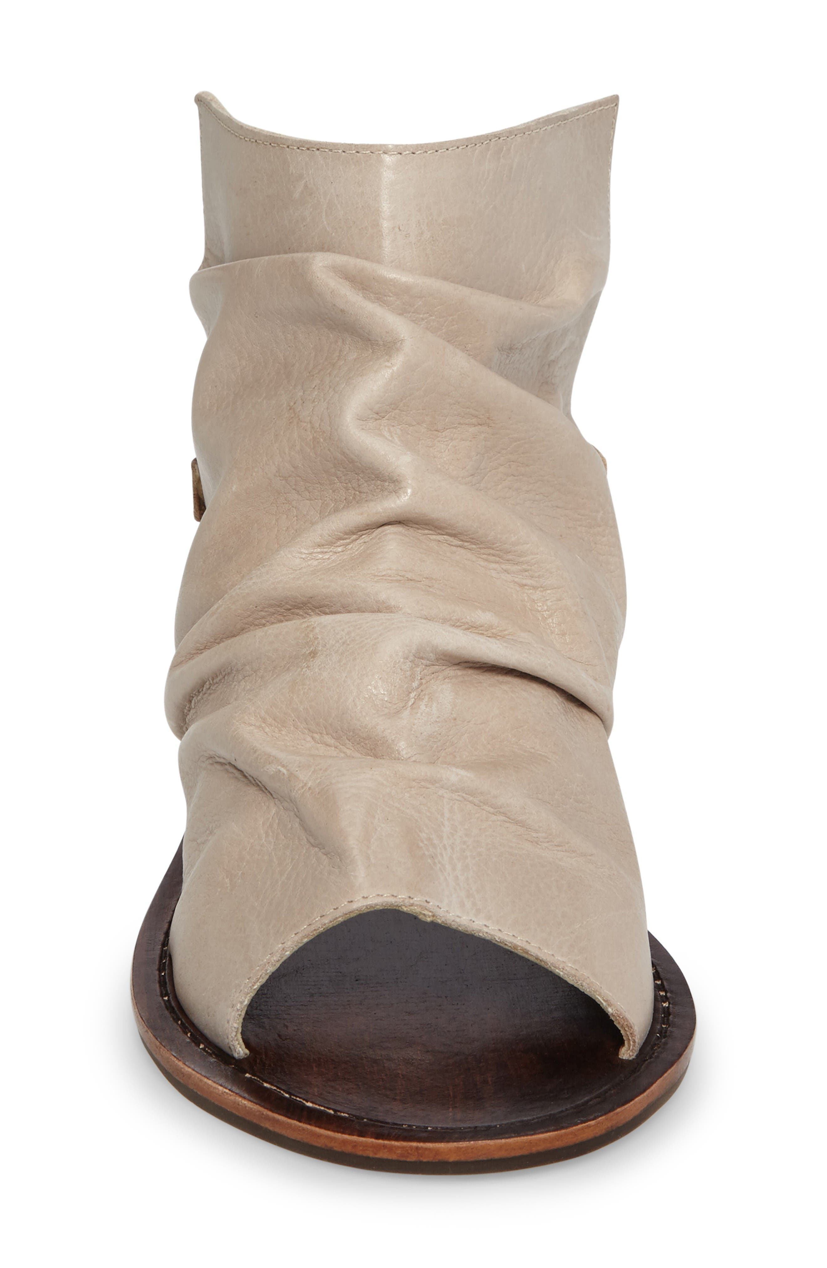 Alternate Image 3  - Matisse Wesley Slouchy Sandal (Women)