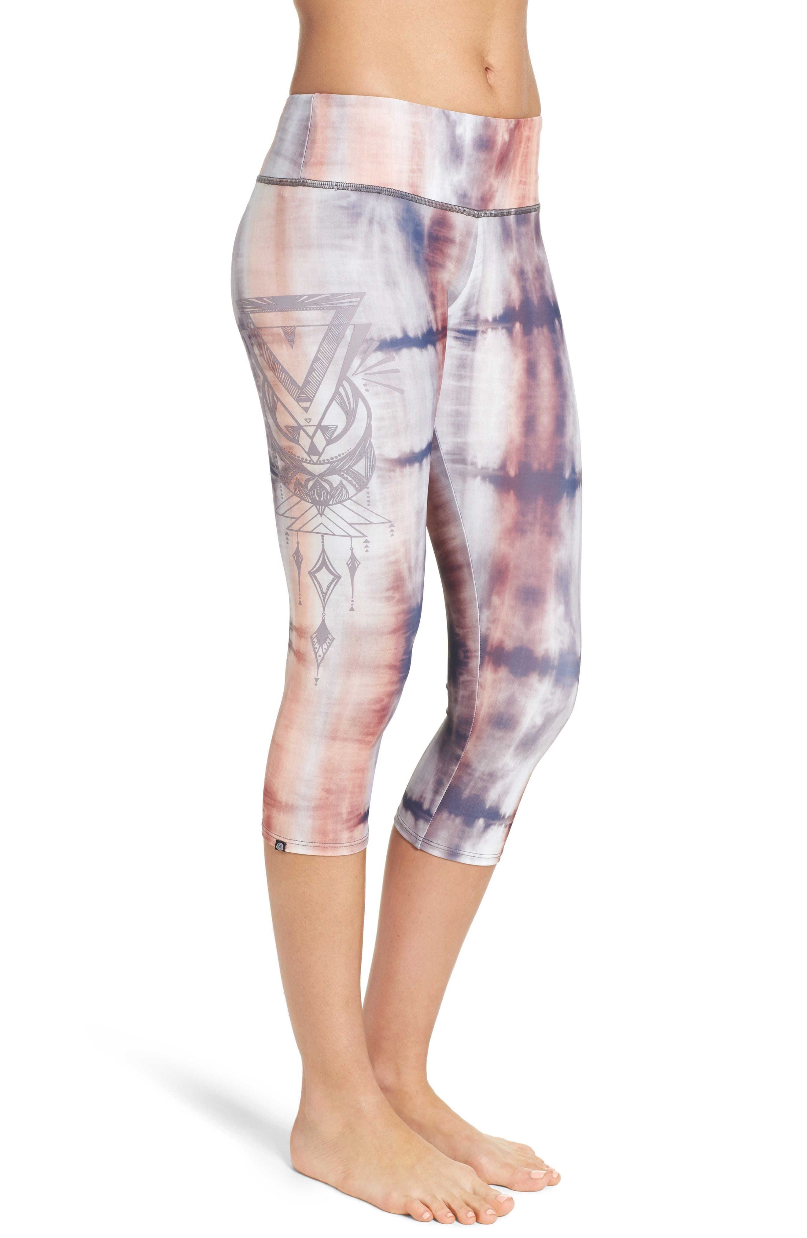 Alternate Image 3  - Onzie Graphic Print Capri Leggings