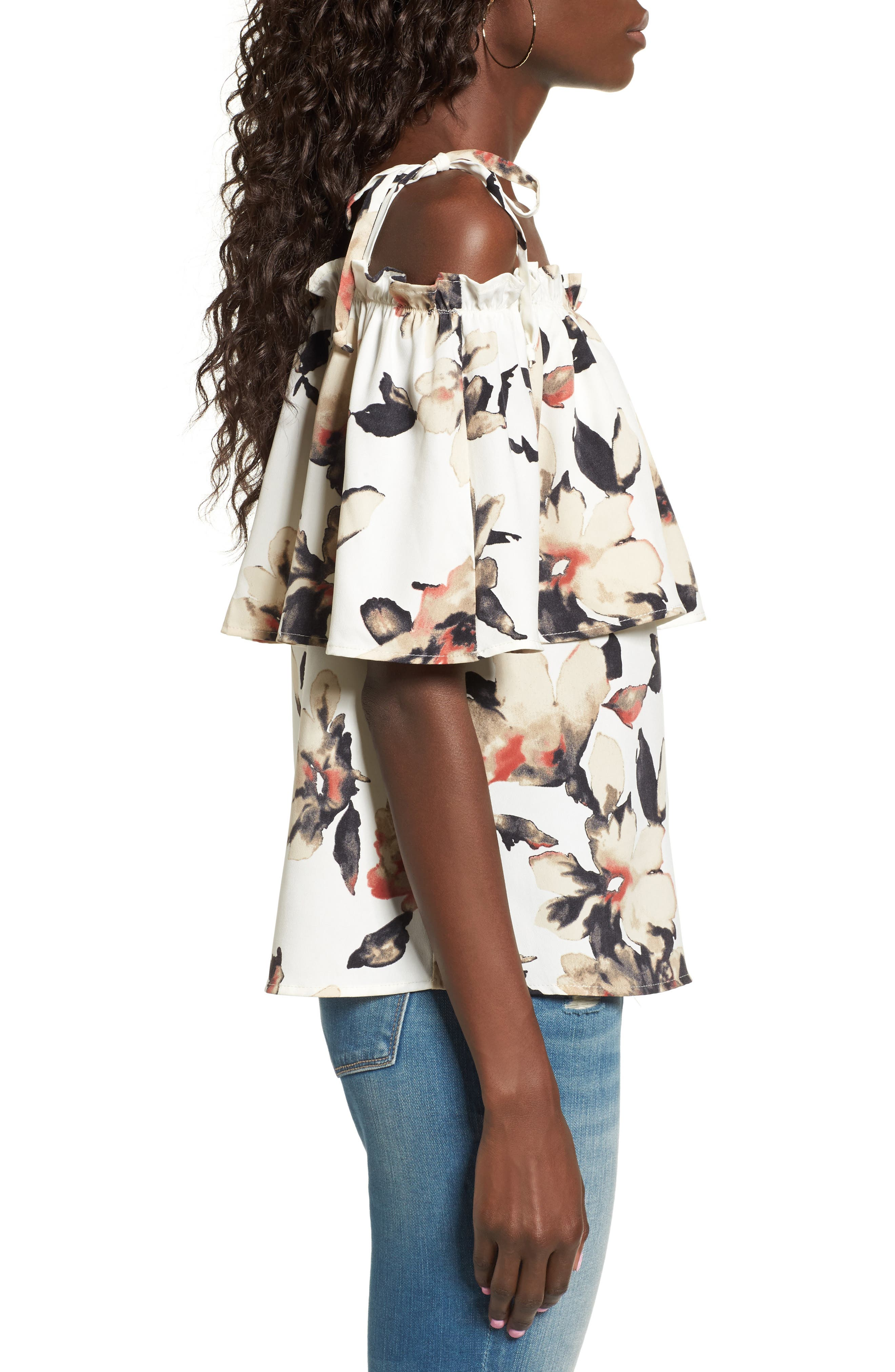 Alternate Image 3  - Leith Off the Shoulder Floral Top