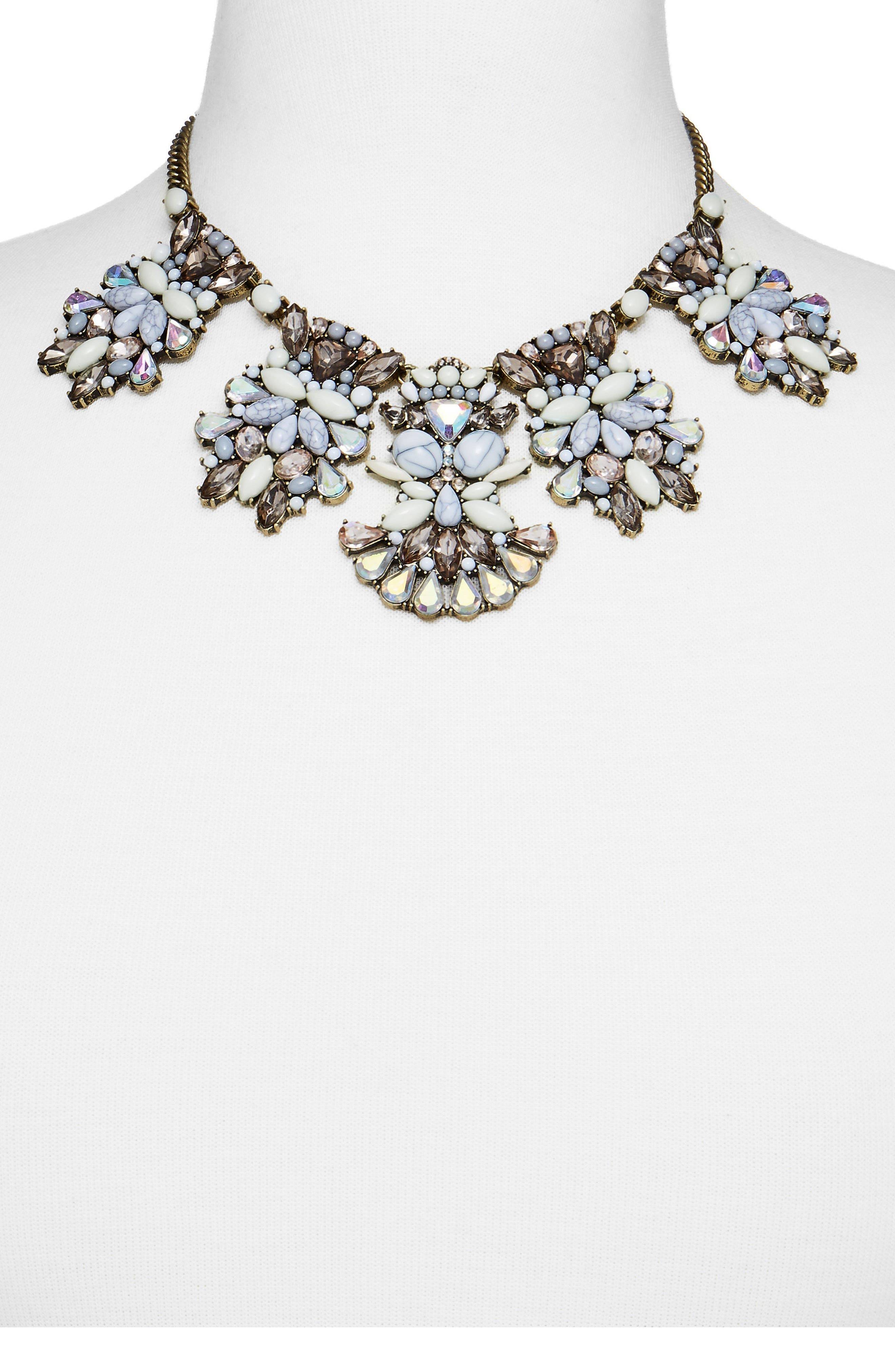 Alternate Image 4  - BaubleBar Daisy Bib Necklace