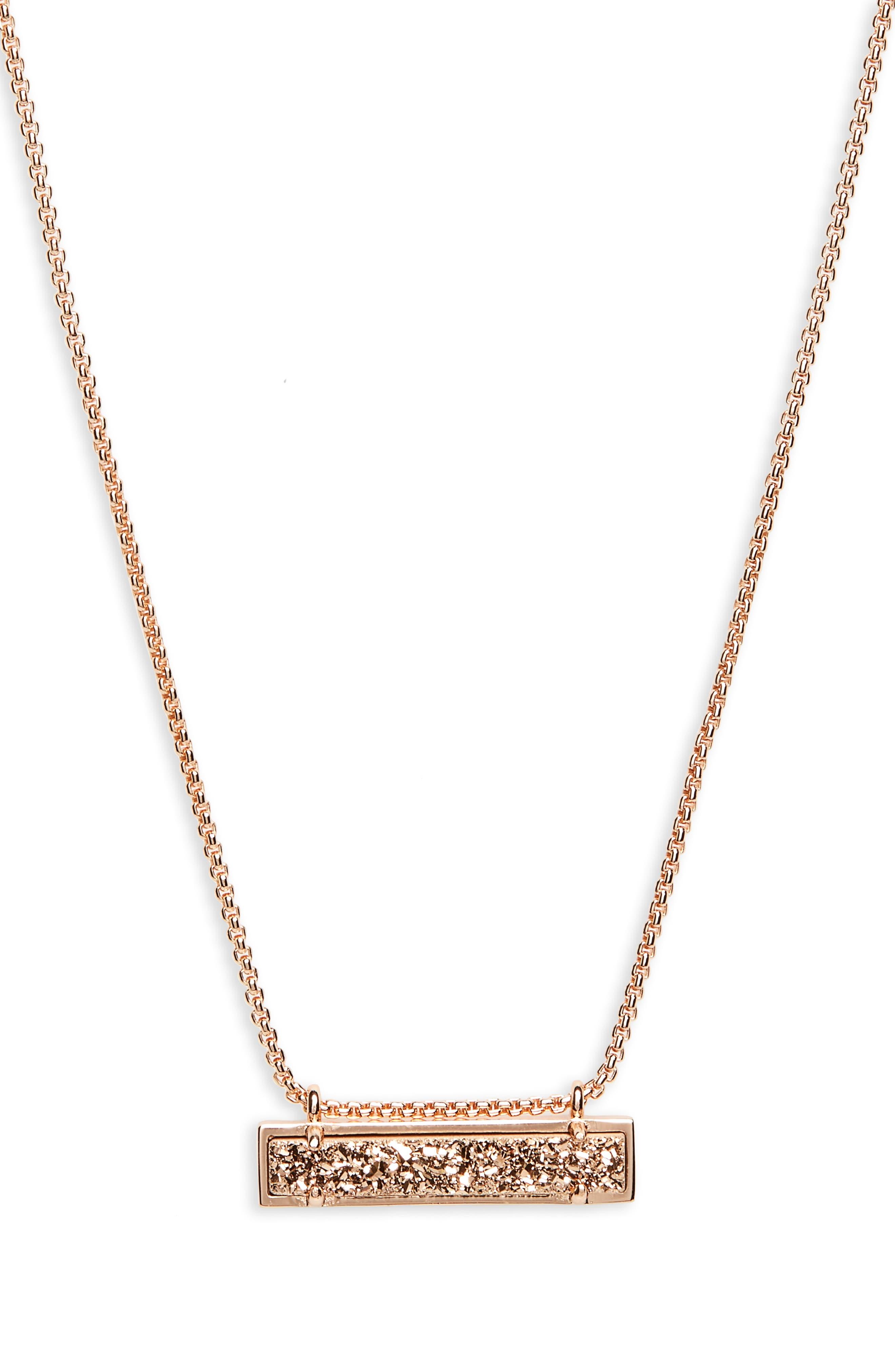 KENDRA SCOTT Leanor Pendant Necklace