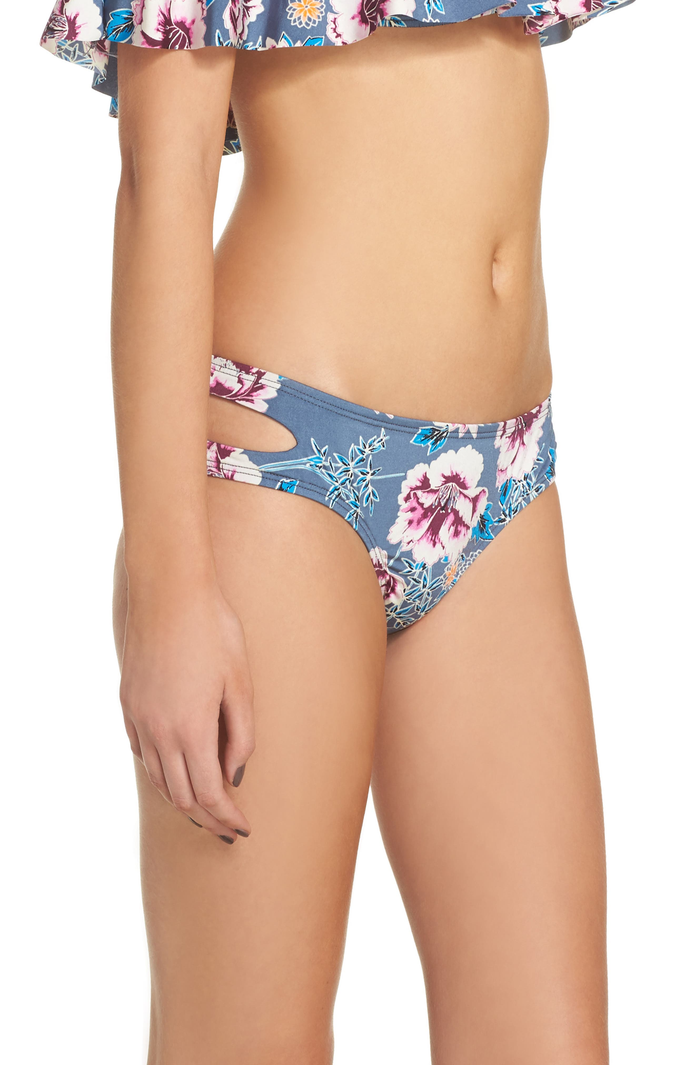 Bloom Cutout Hipster Bikini Bottoms,                             Alternate thumbnail 3, color,                             Grey