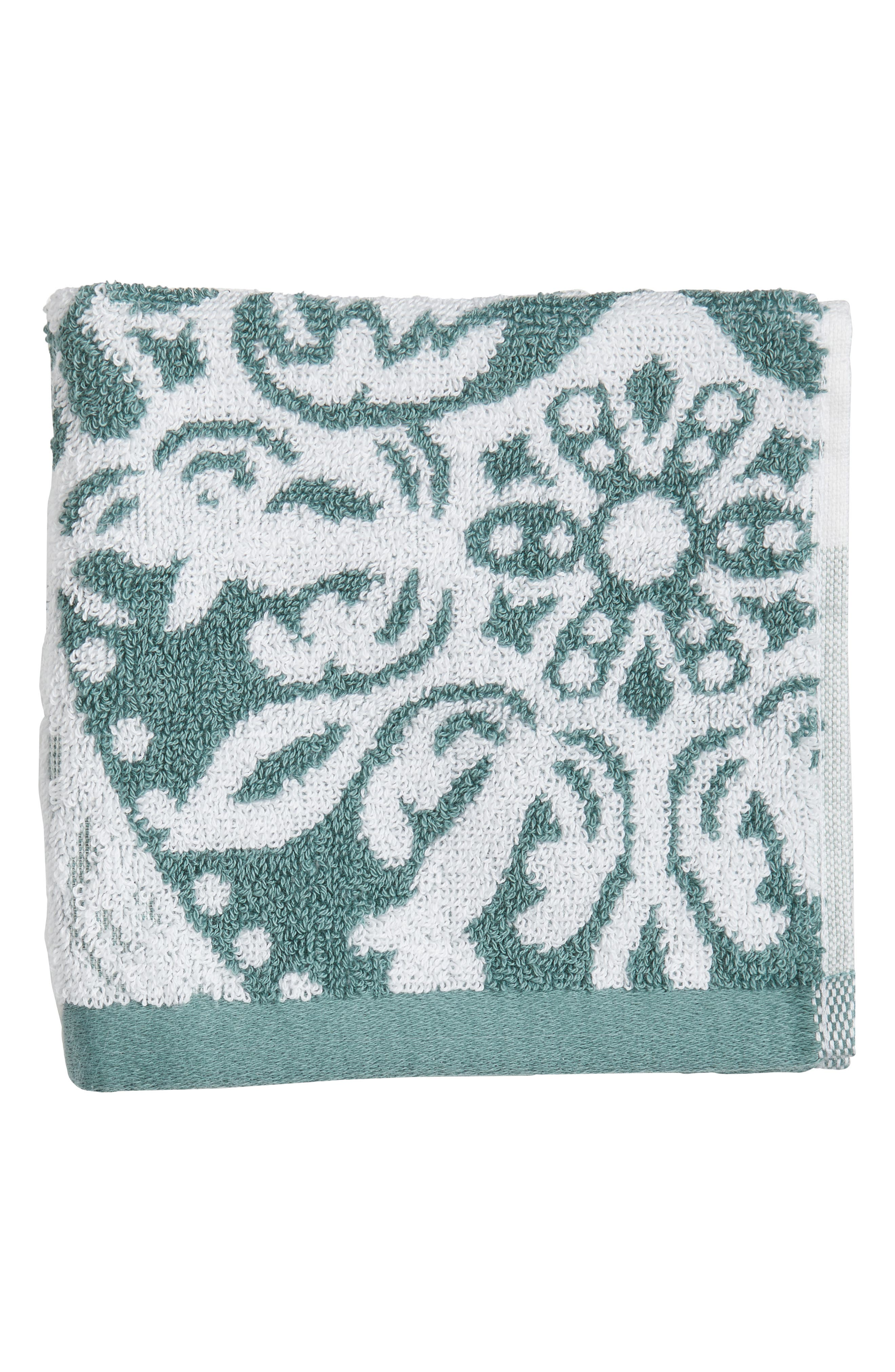 Nordstrom at Home Fan Ombré Washcloth (2 for $17)