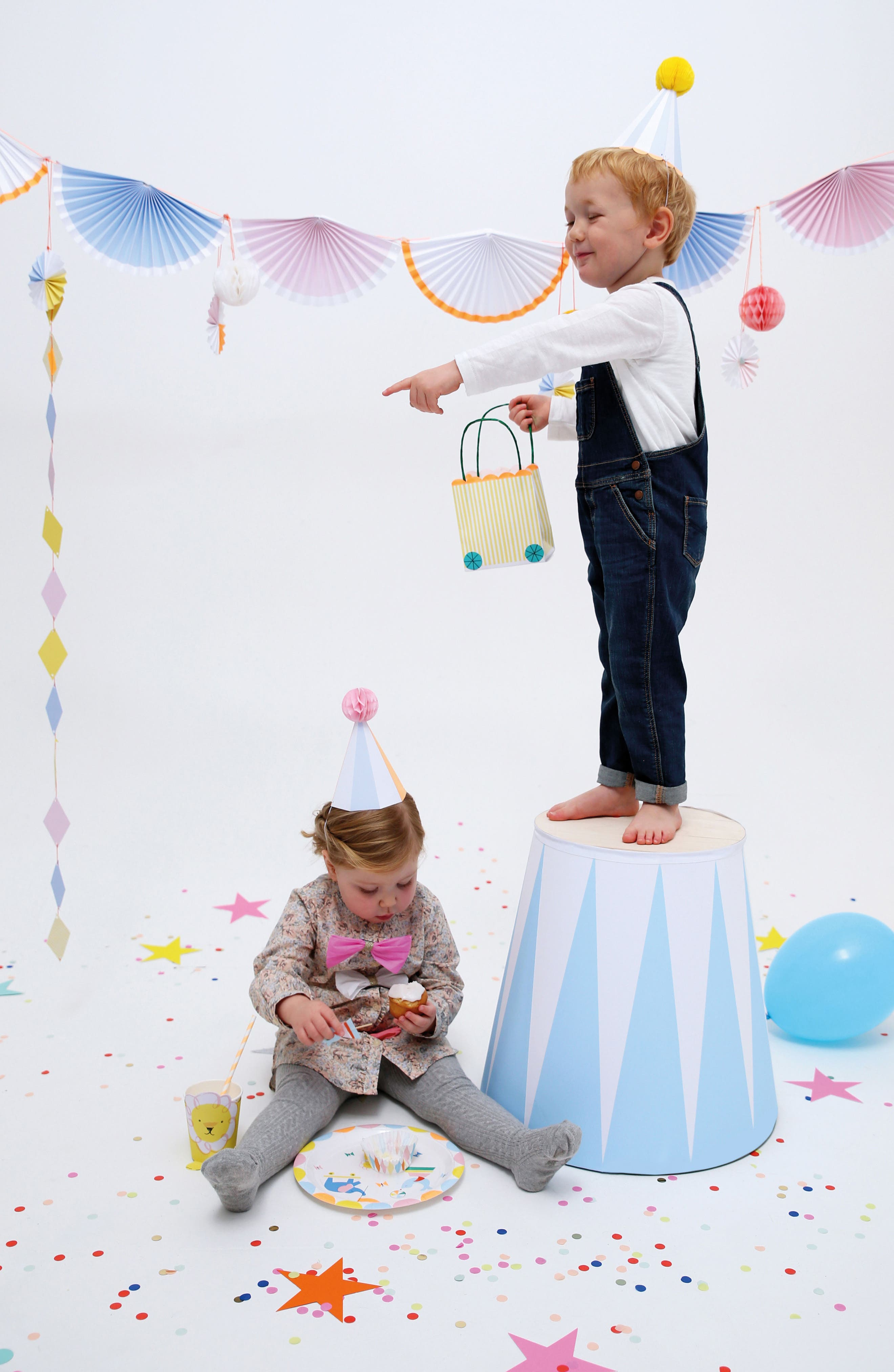 Alternate Image 12  - Meri Meri Silly Circus Party Bundle