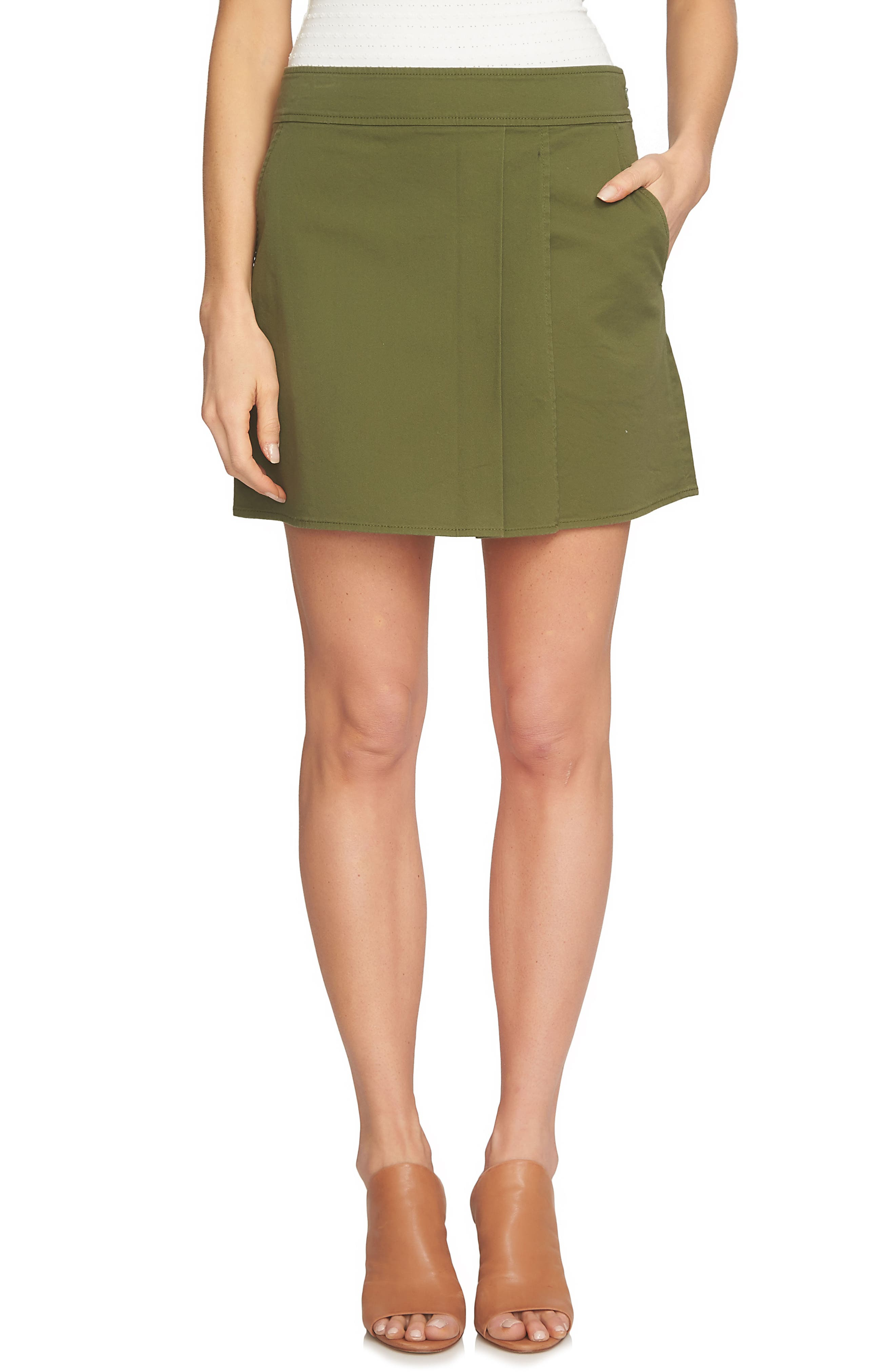 1.STATE Pleat Front Mini Skirt