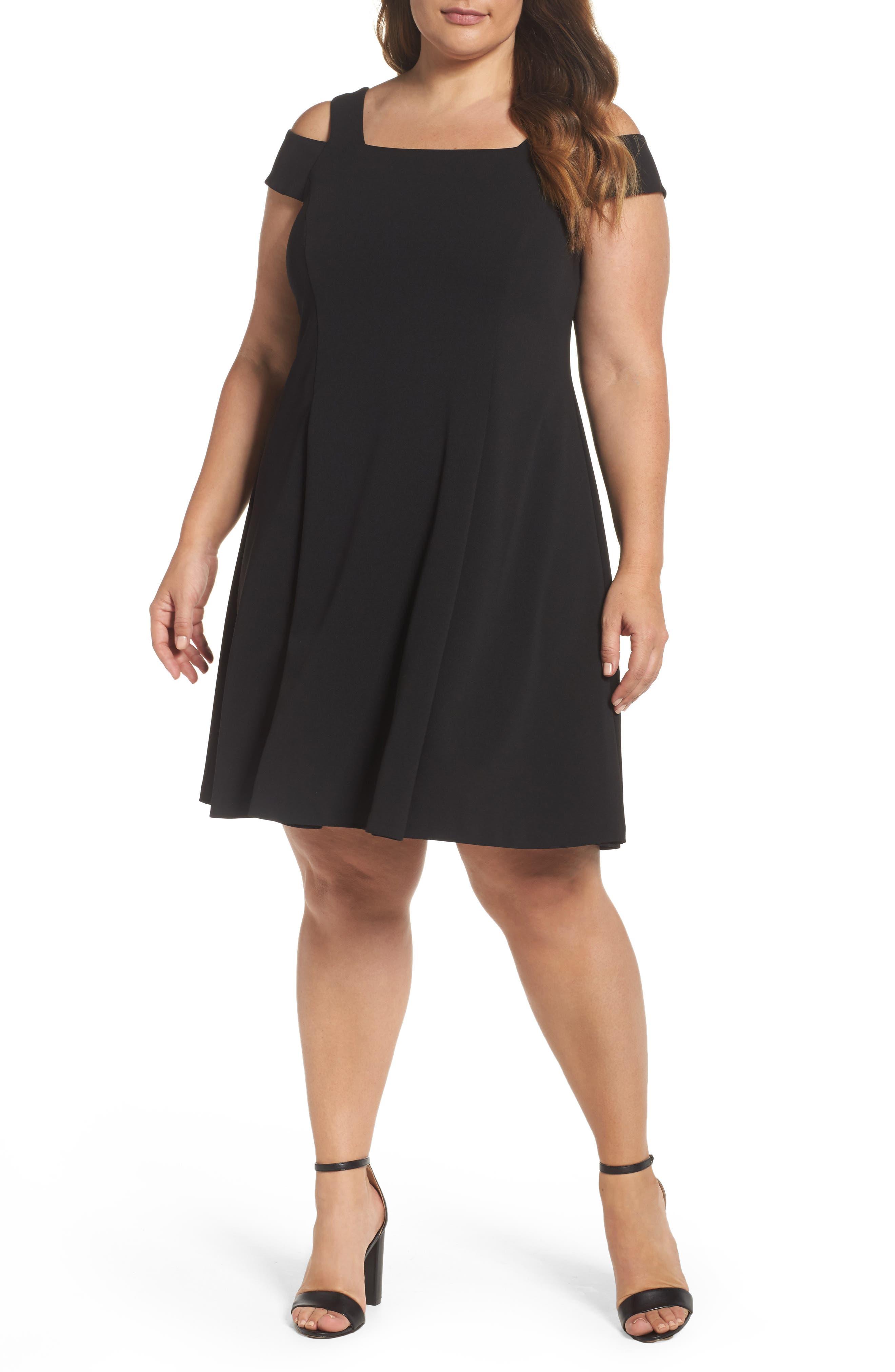 Vince Camuto Scuba Crepe Cold Shoulder Dress (Plus Size)