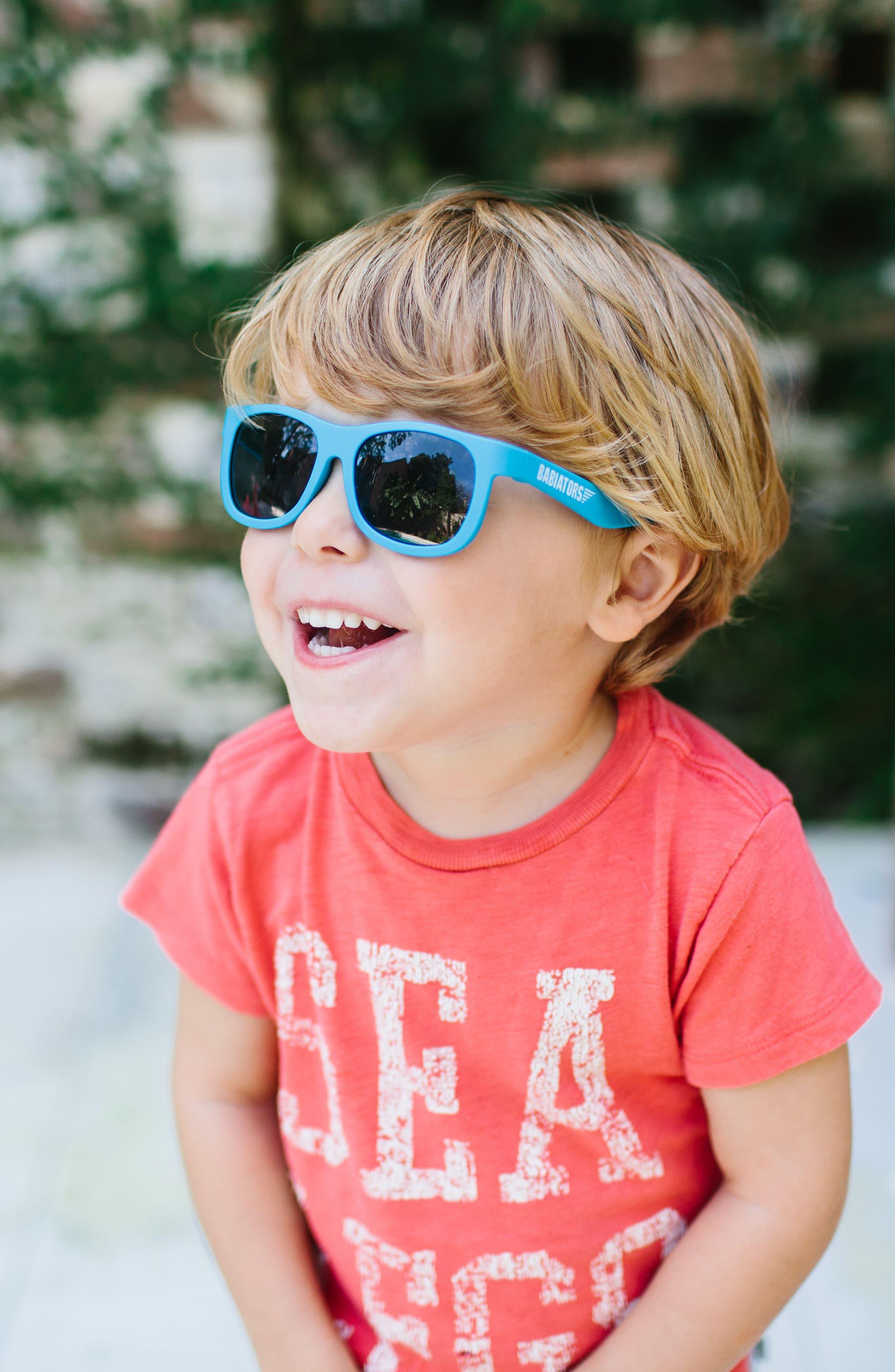 Original Navigators Sunglasses,                             Alternate thumbnail 4, color,                             Blue Crush