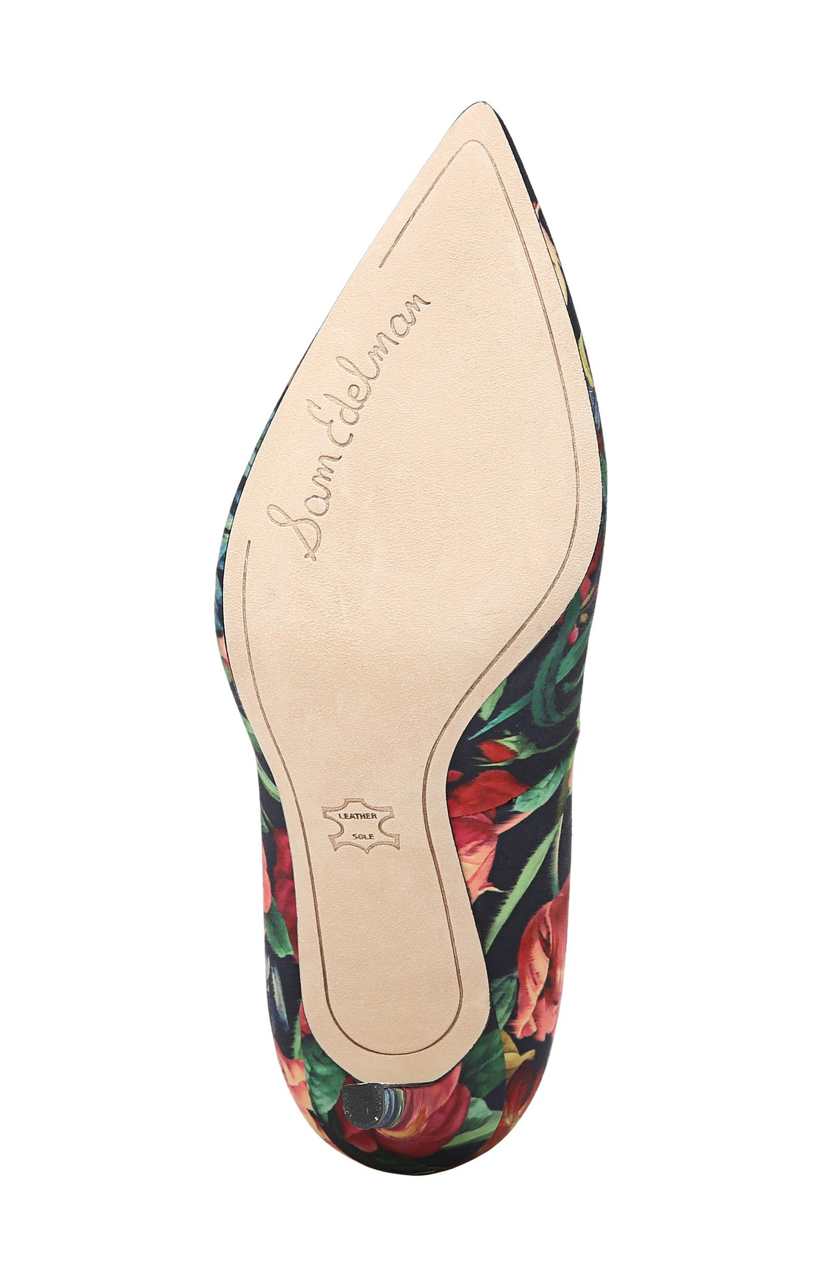 Hazel Pump,                             Alternate thumbnail 6, color,                             Navy Floral Fabric