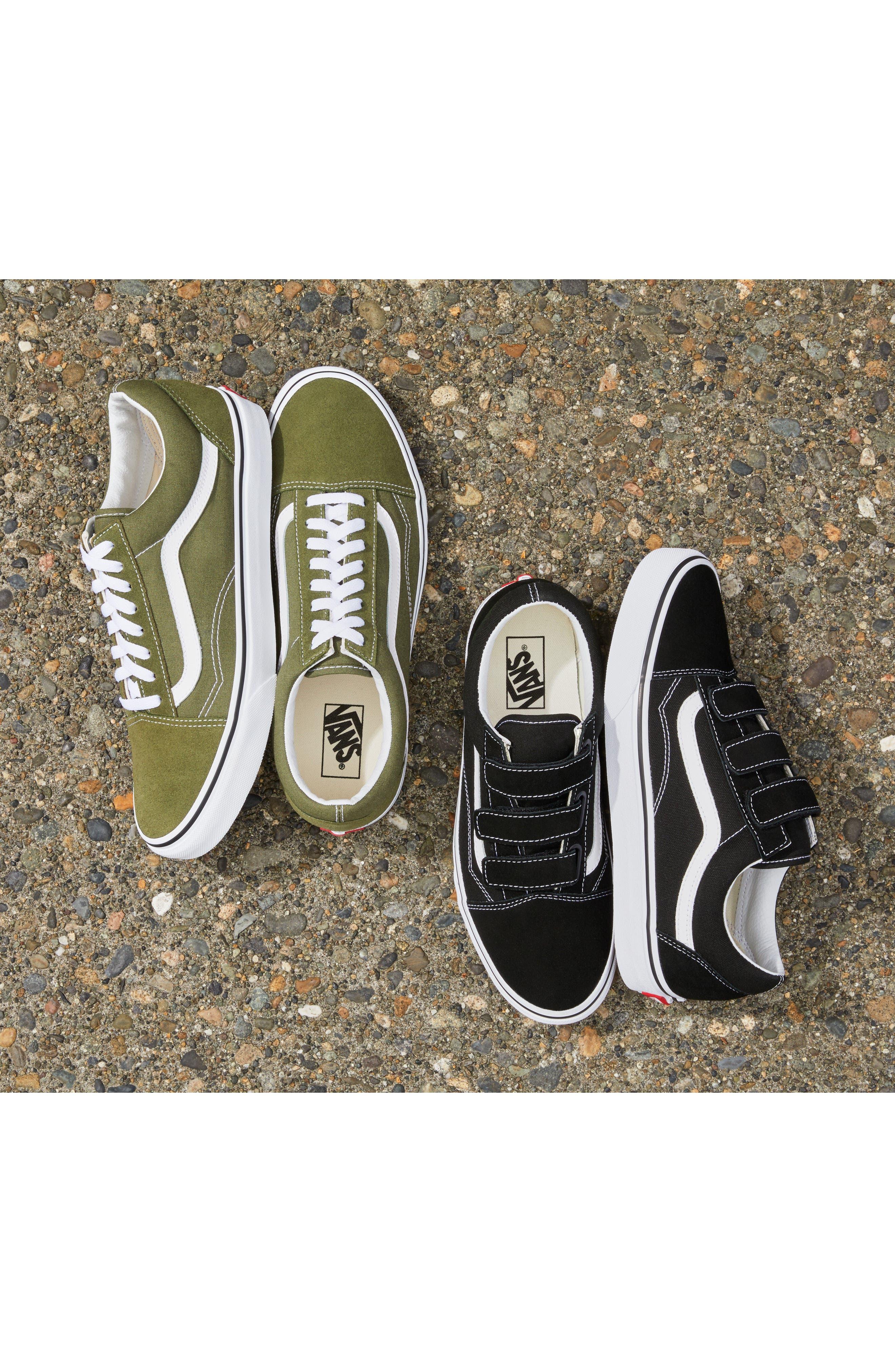 Alternate Image 6  - Vans Old Skool V-Sneaker (Men)