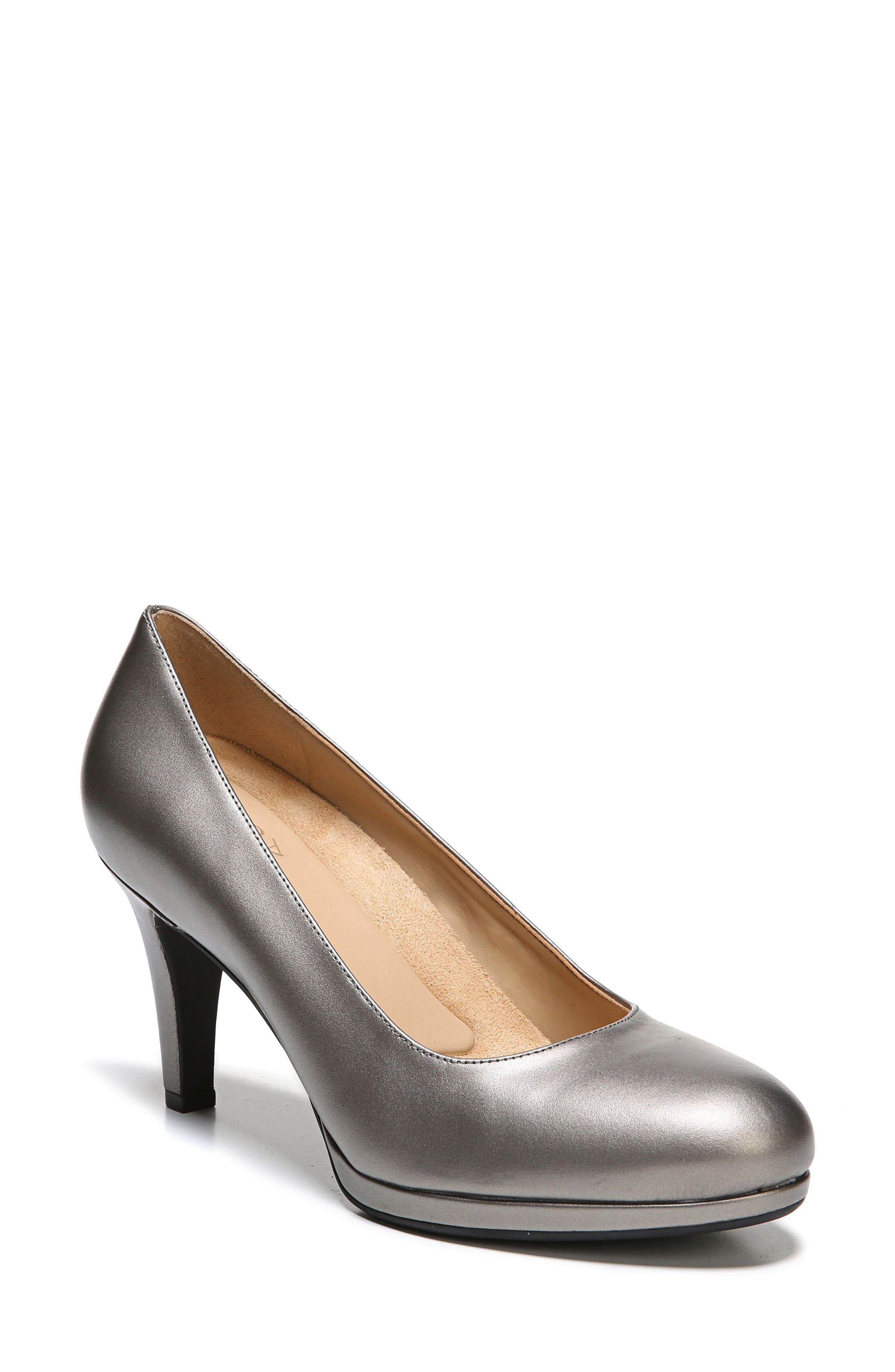 Main Image - Naturalizer 'Michelle' Almond Toe Pump (Women)