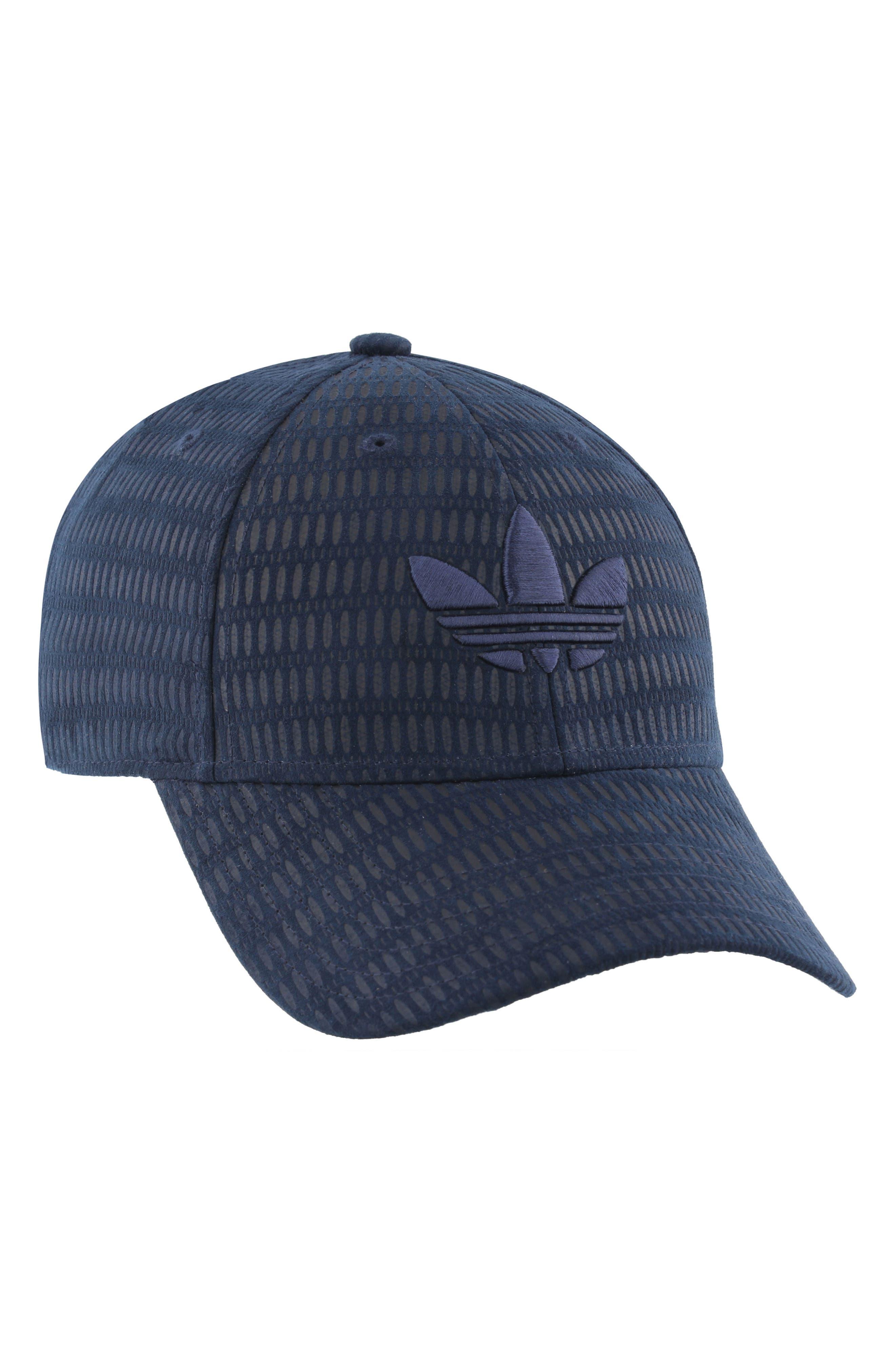 adidas Trefoil Plus Snapback Cap