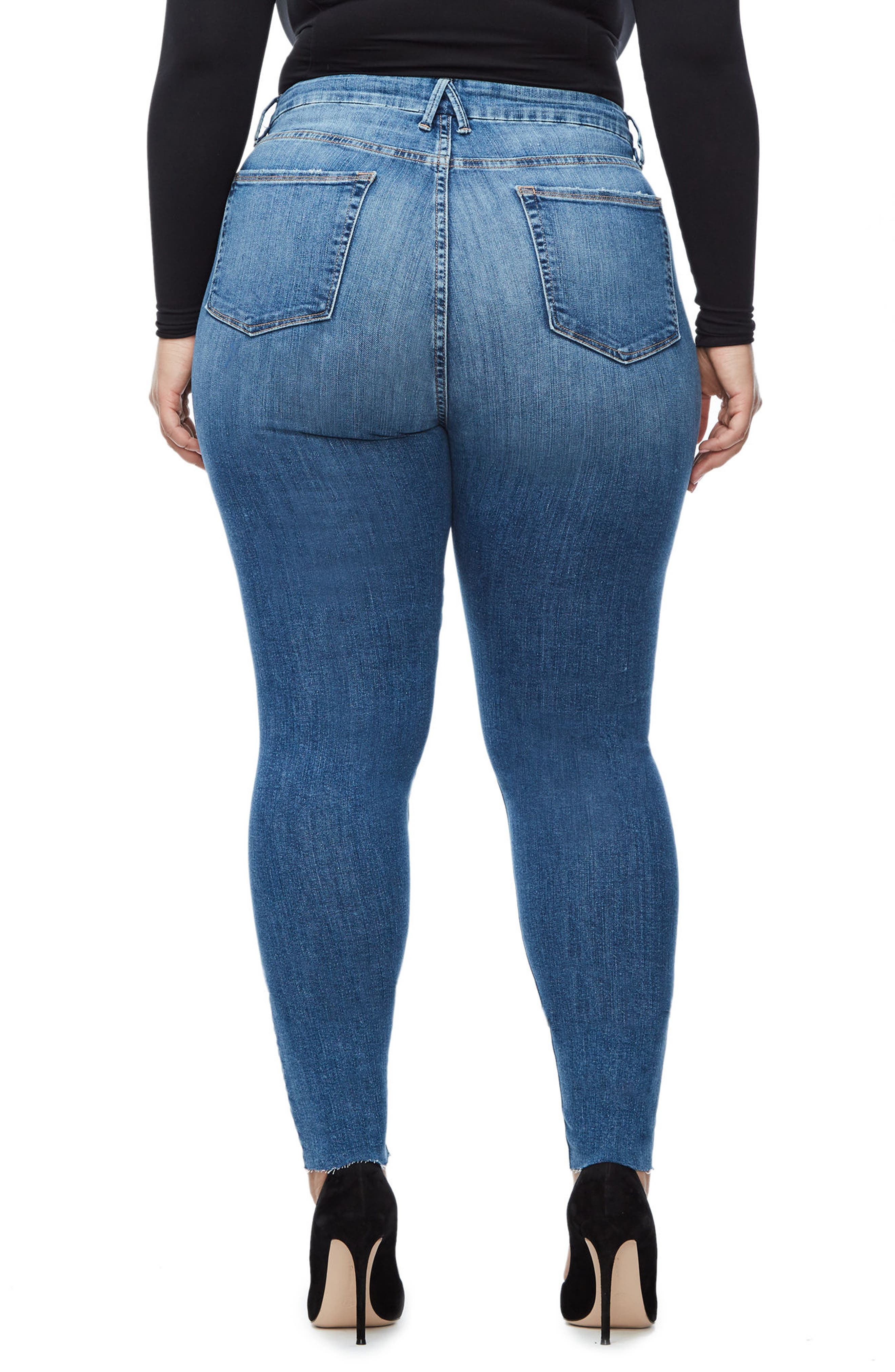 Alternate Image 5  - Good American Good Waist Raw Edge Skinny Jeans (Blue 092) (Extended Sizes)