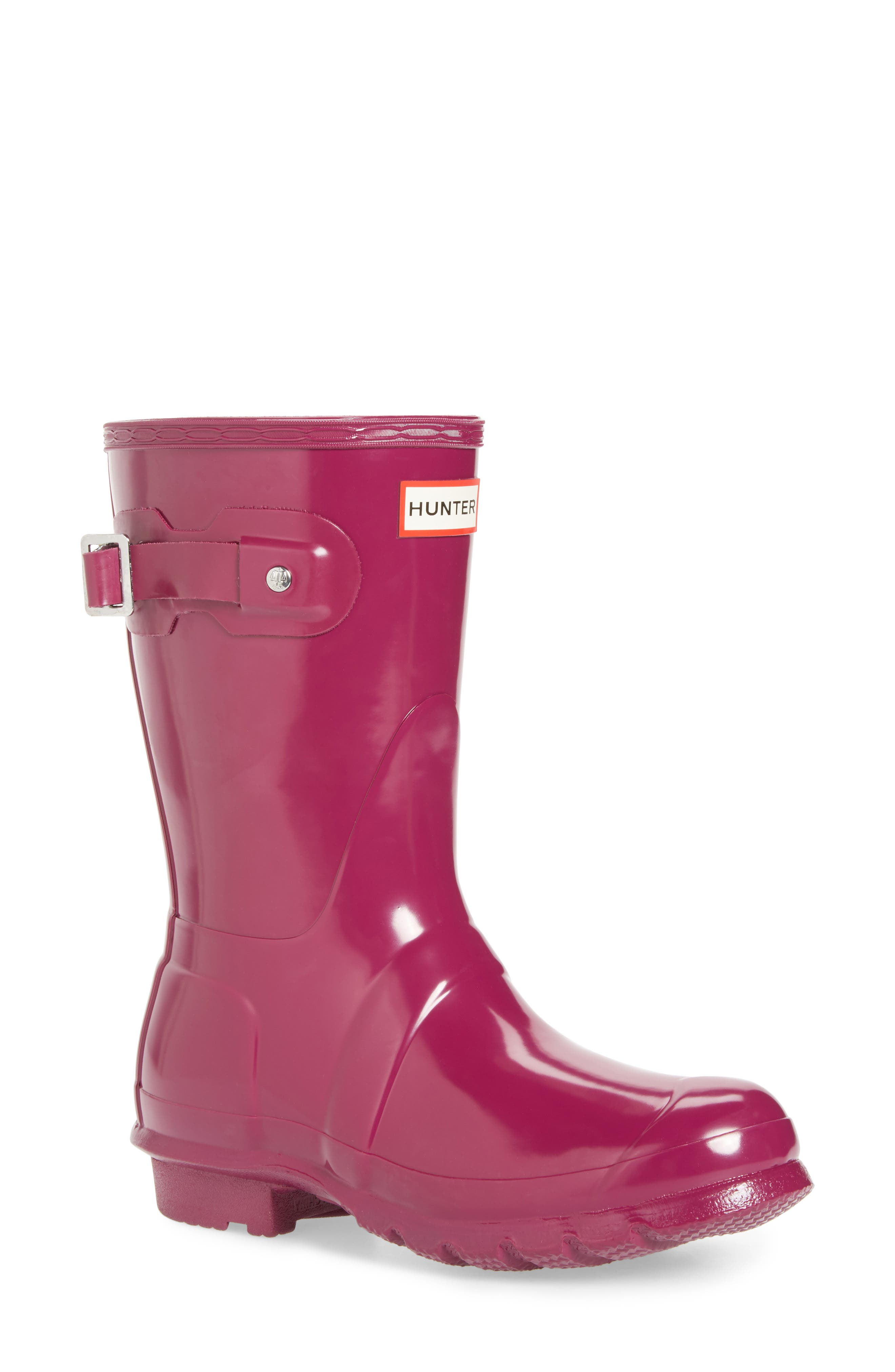Women's Lightweight Flat Sole Pull On Short Boots