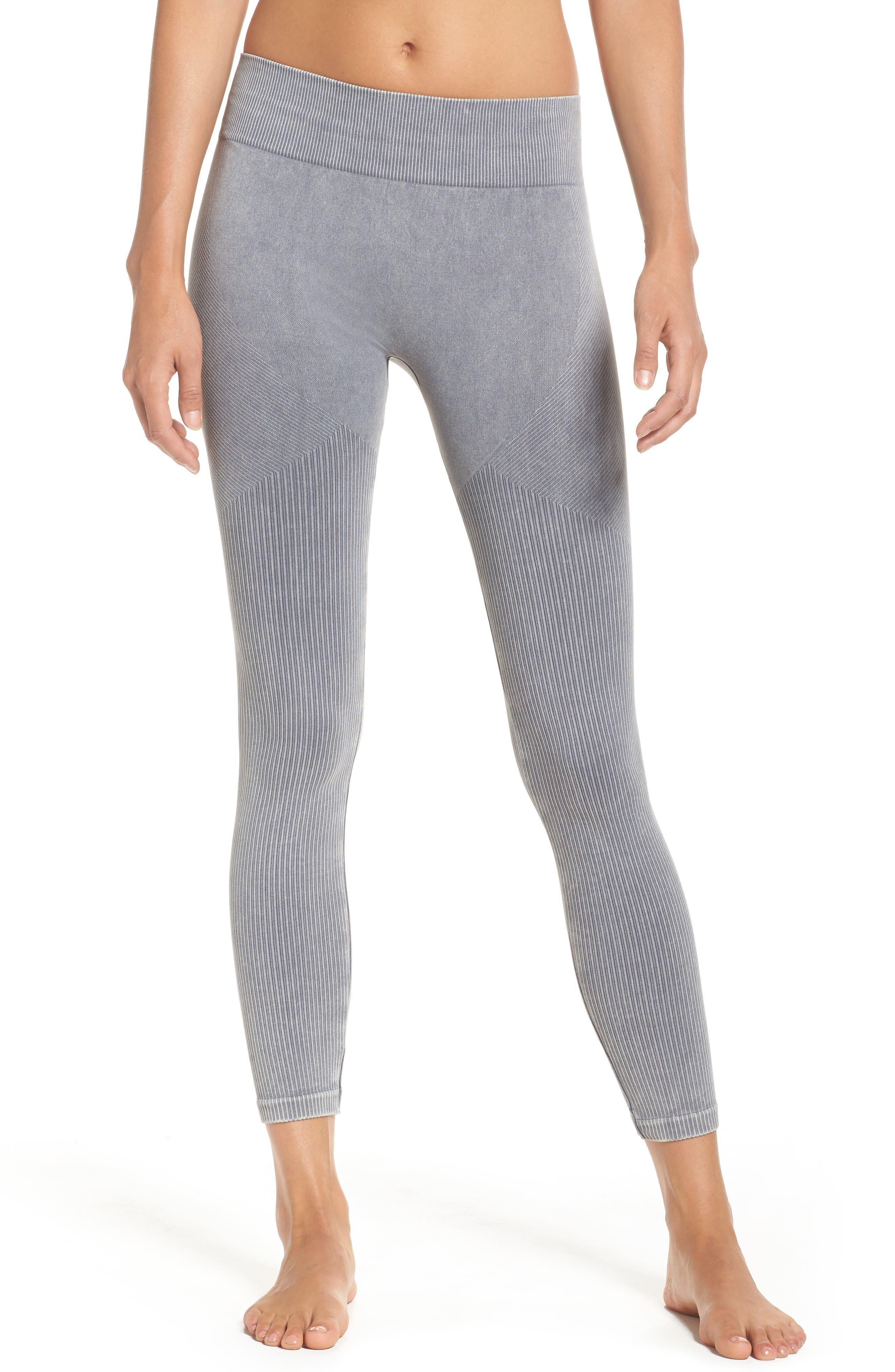 Seamless Crop Leggings,                         Main,                         color, Slate Grey
