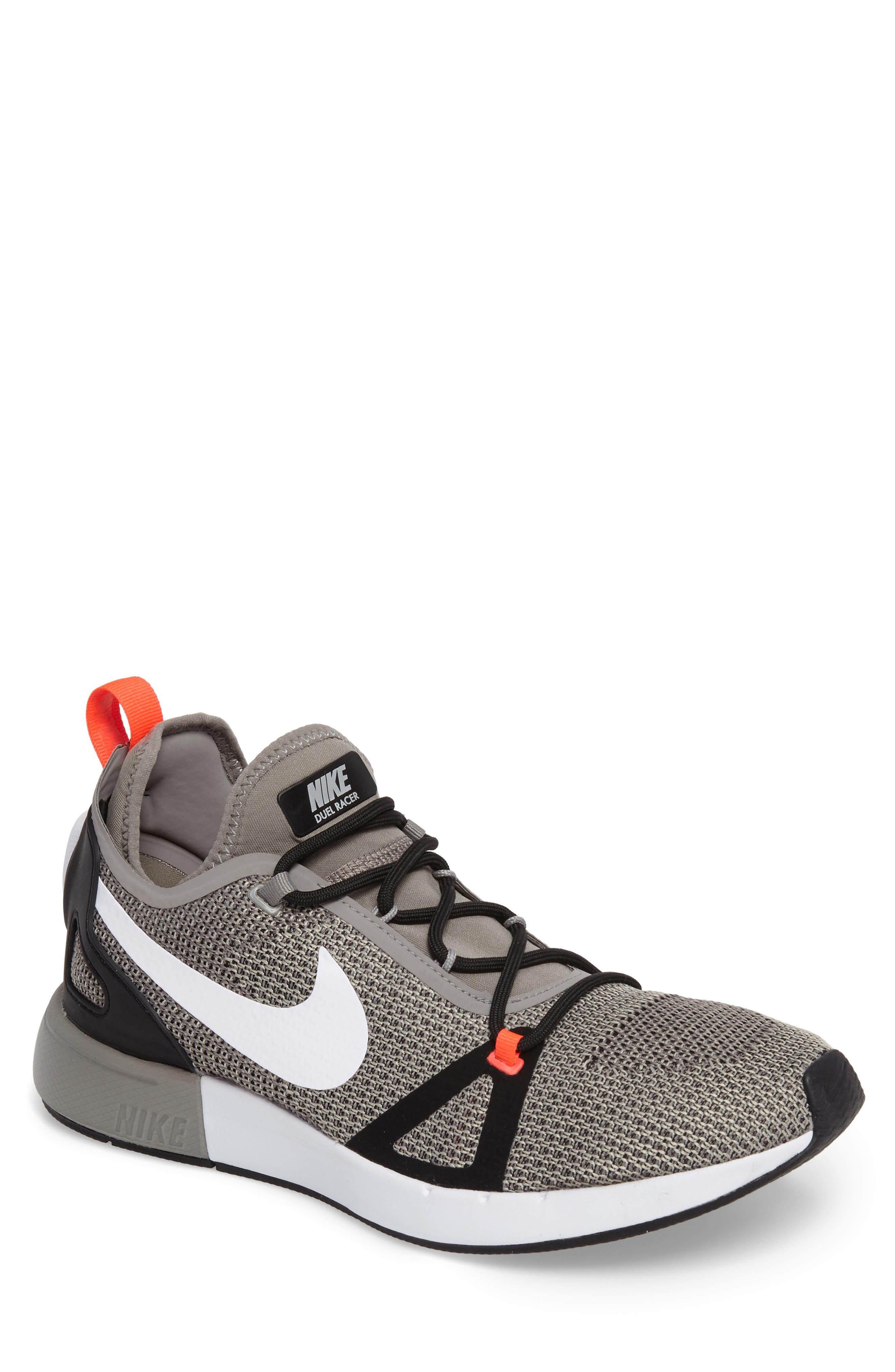 Main Image - Nike Duelist Racer Sneaker (Men)