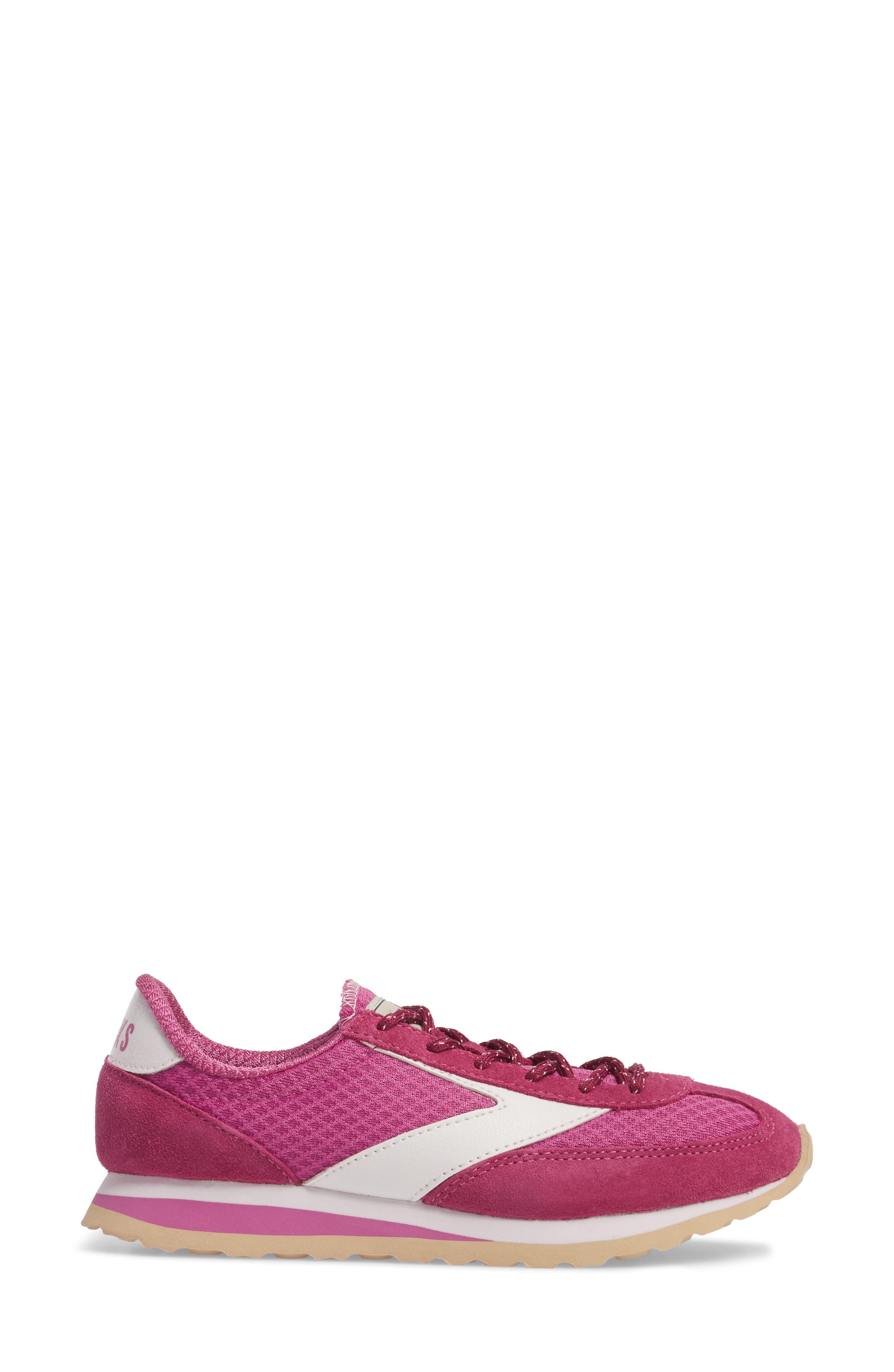 Alternate Image 3  - Brooks 'Vanguard' Sneaker (Women)