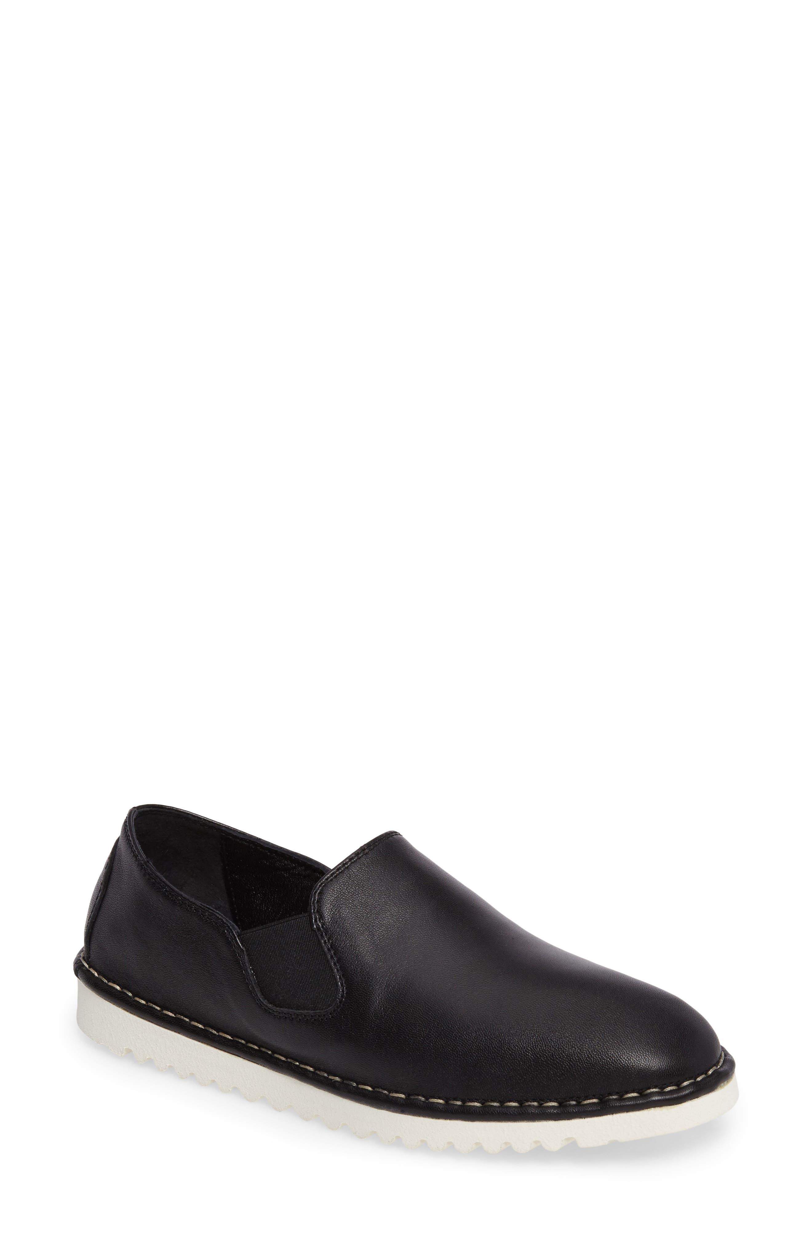 SESTO MEUCCI Oralie Slip-On Sneaker in Black Leather