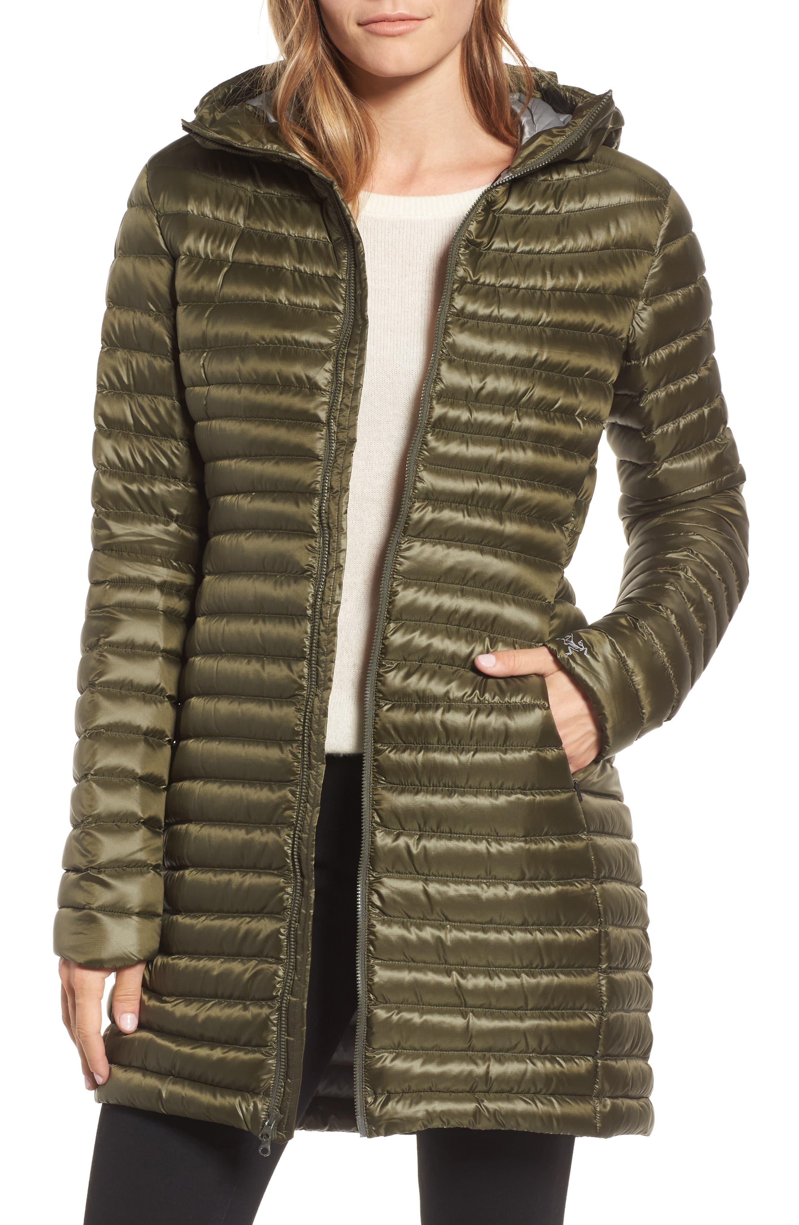 'Nuri' Hooded Water Resistant Down Coat,                         Main,                         color, Banyen