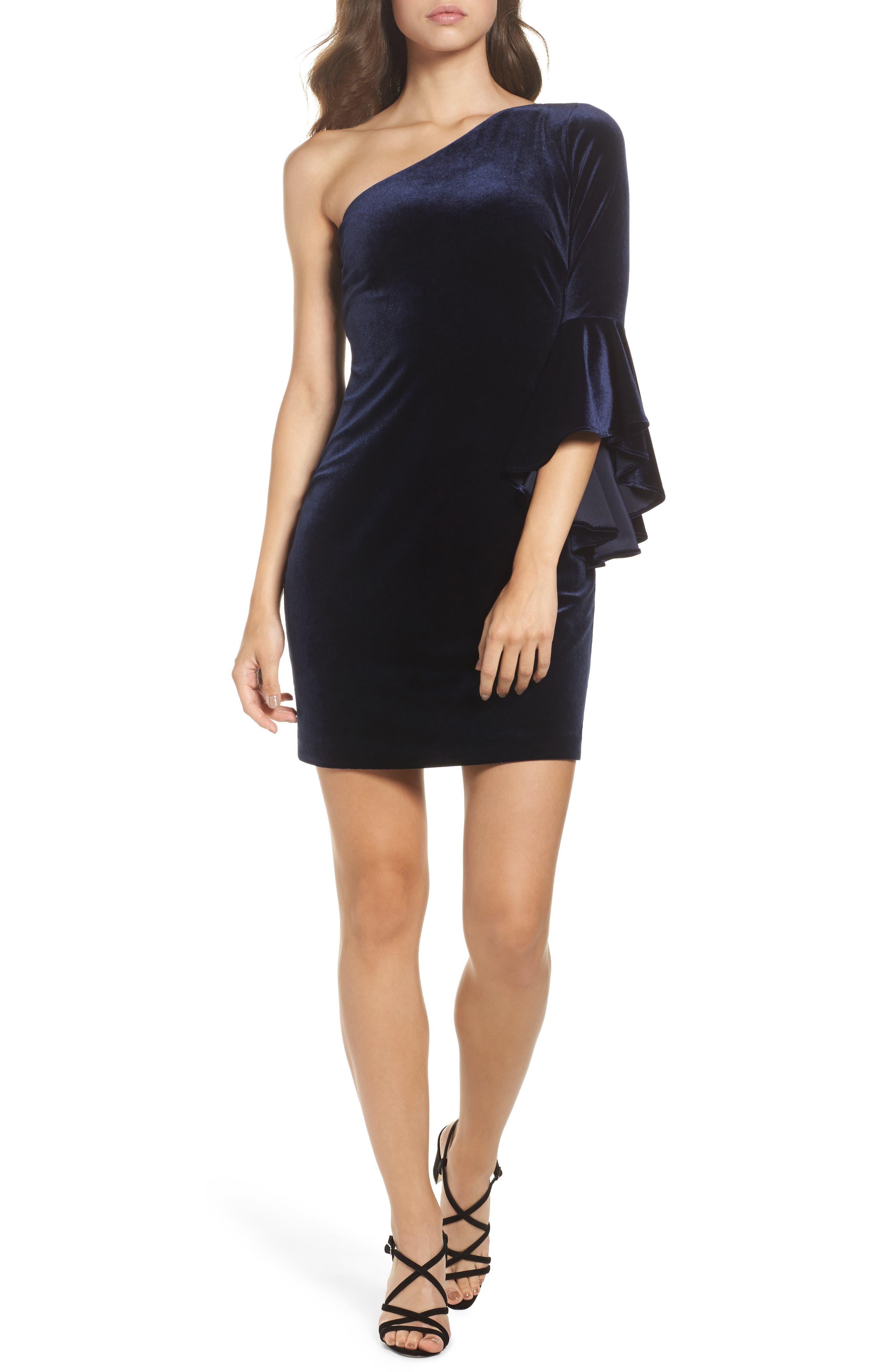 Chelsea28 One-Shoulder Velvet Dress
