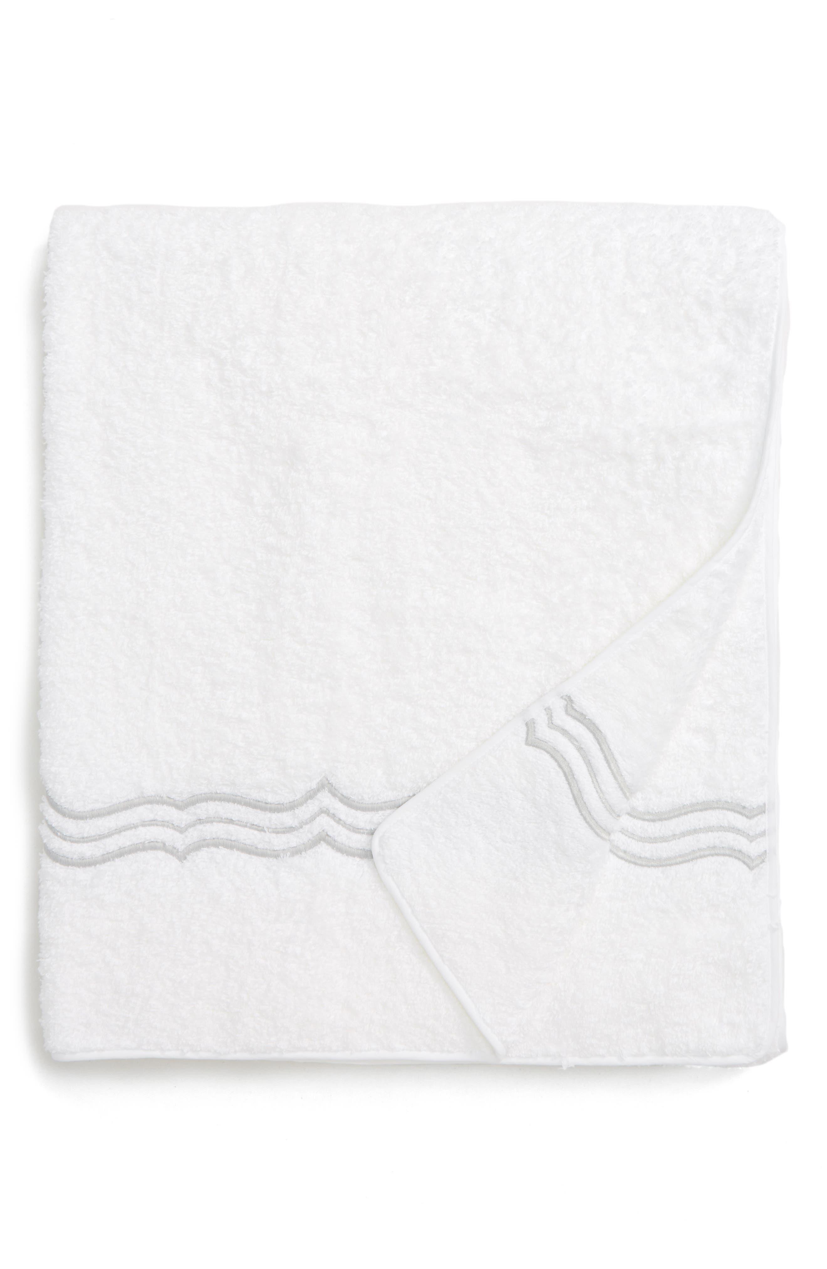 Main Image - Matouk Paola Bath Towel