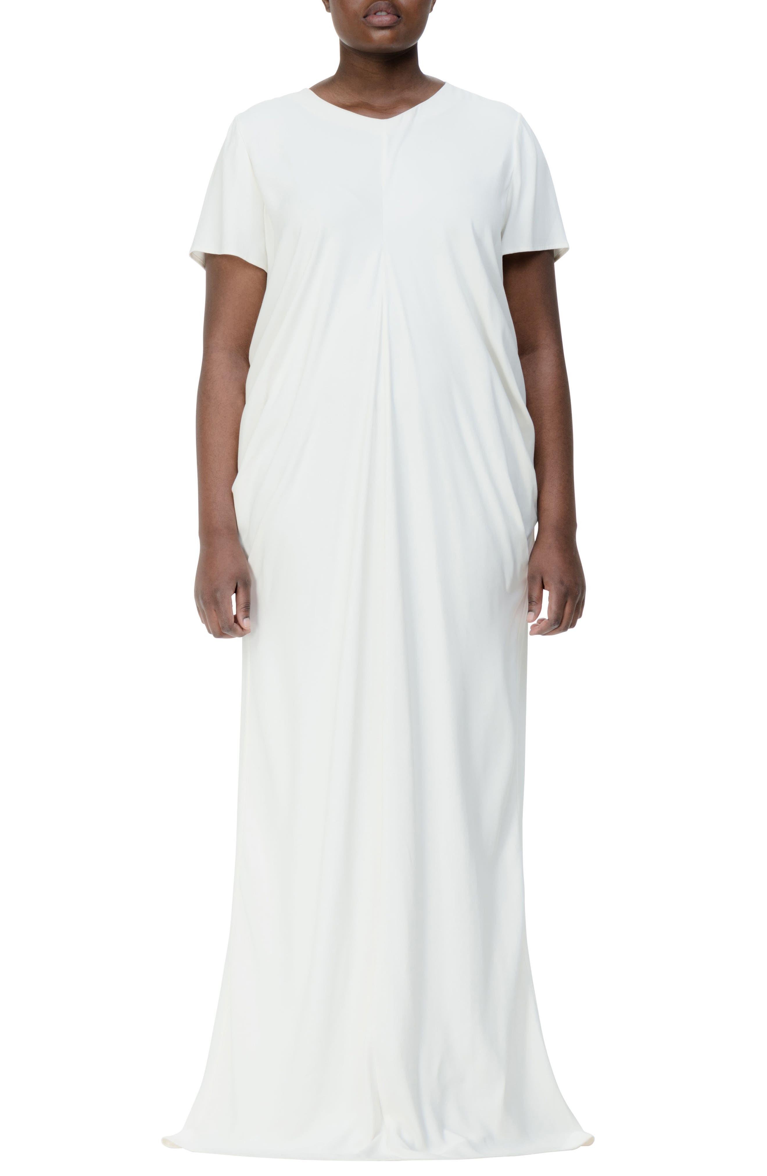 UNIVERSAL STANDARD Regina Gown (Plus Size)