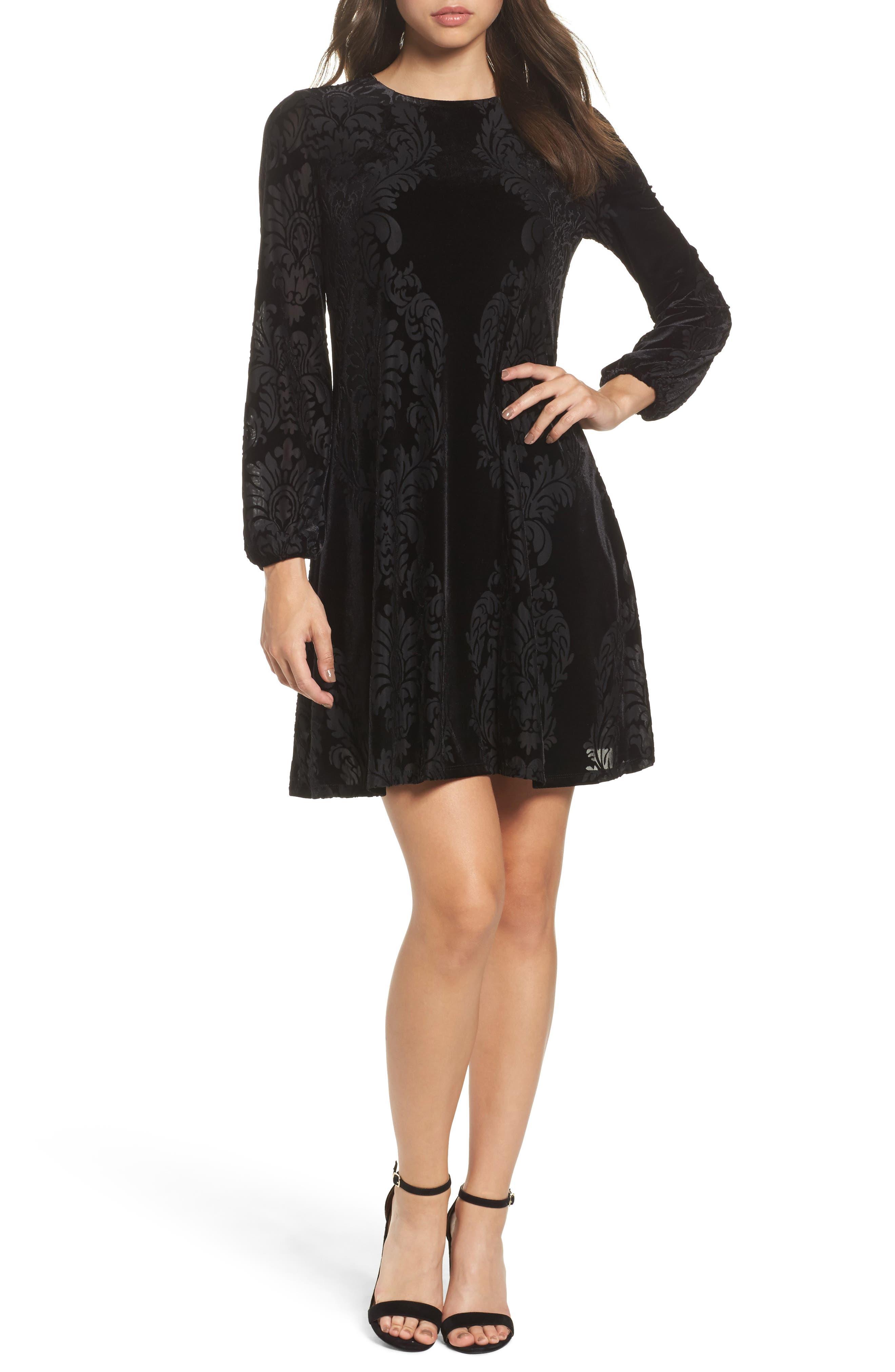 Taylor Dresses Mirror Print Velvet Dress
