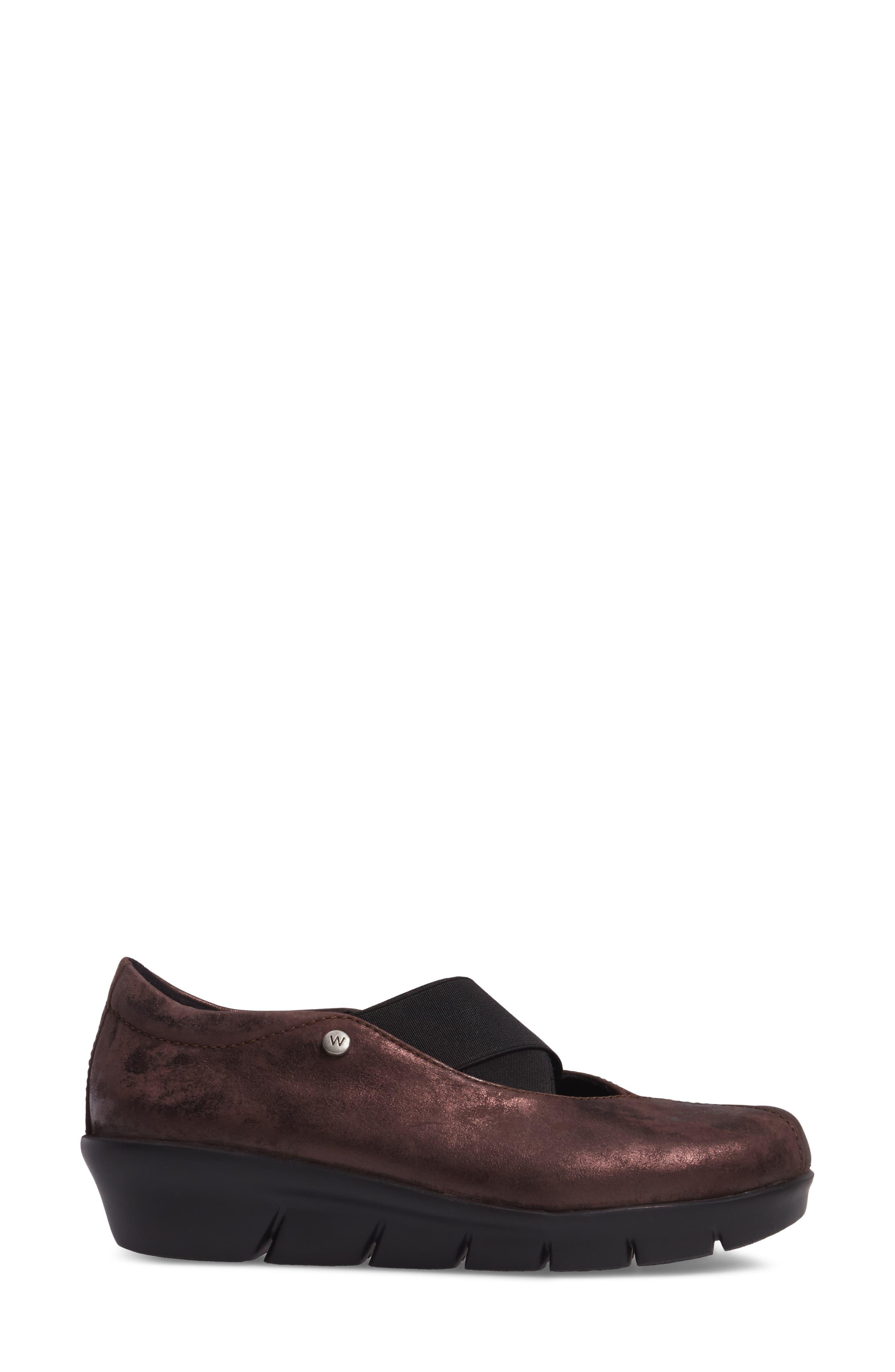 Cursa Slip-On Sneaker,                             Alternate thumbnail 3, color,                             Mocha Leather