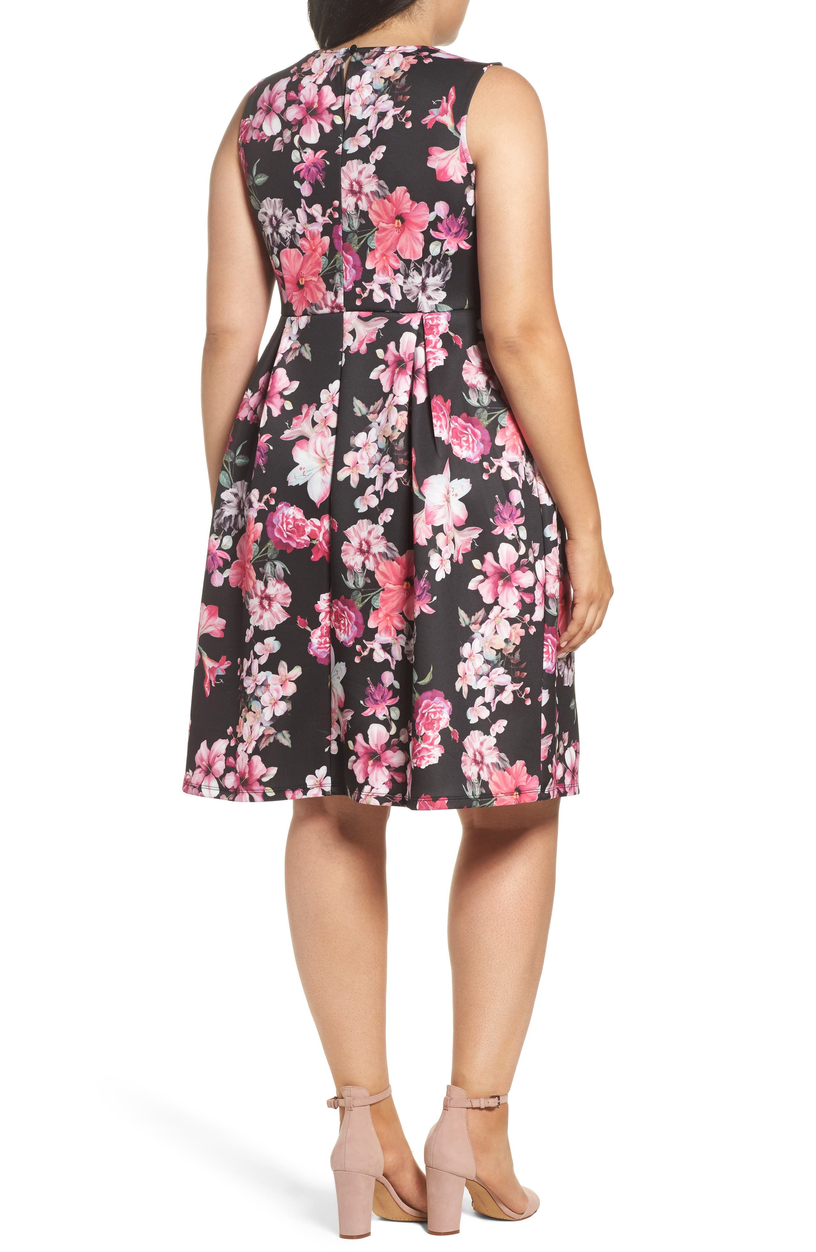 Alternate Image 2  - Dorothy Perkins Floral Print Sleeveless Dress (Plus Size)