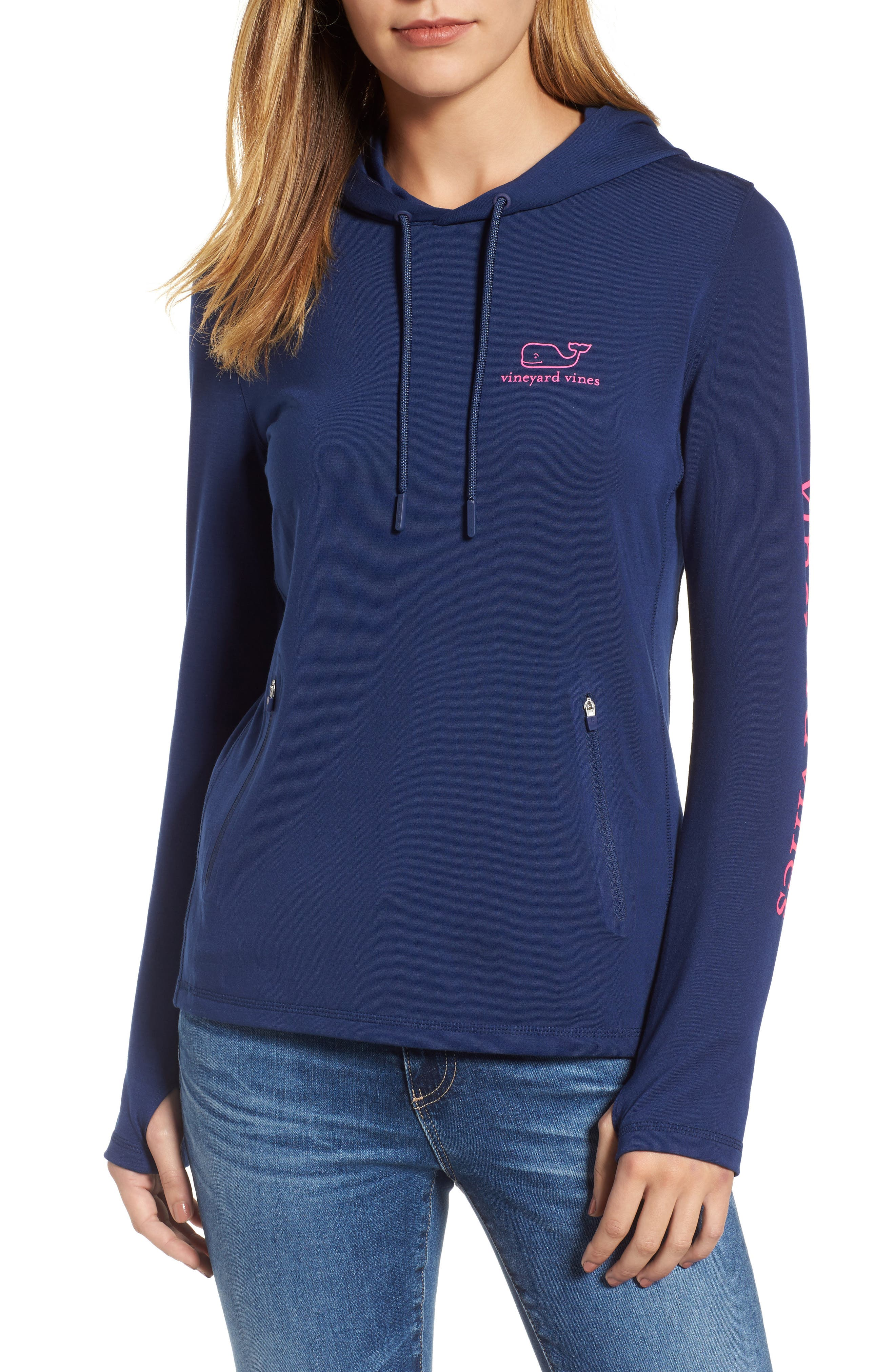 vineyard vines Etched Logo Performance Hoodie
