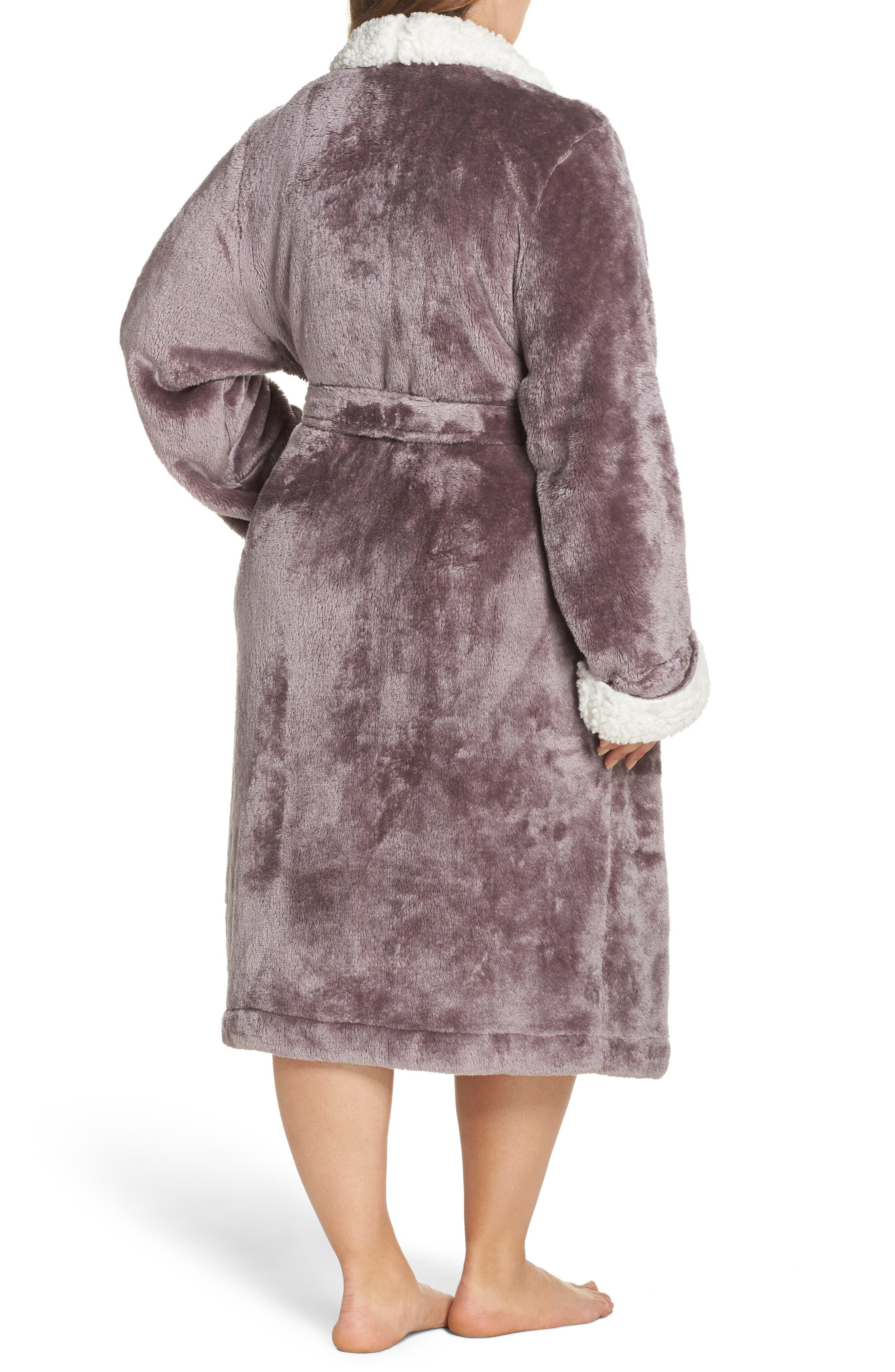 Alternate Image 2  - Nordstrom Lingerie Frosted Plush Robe (Plus Size)
