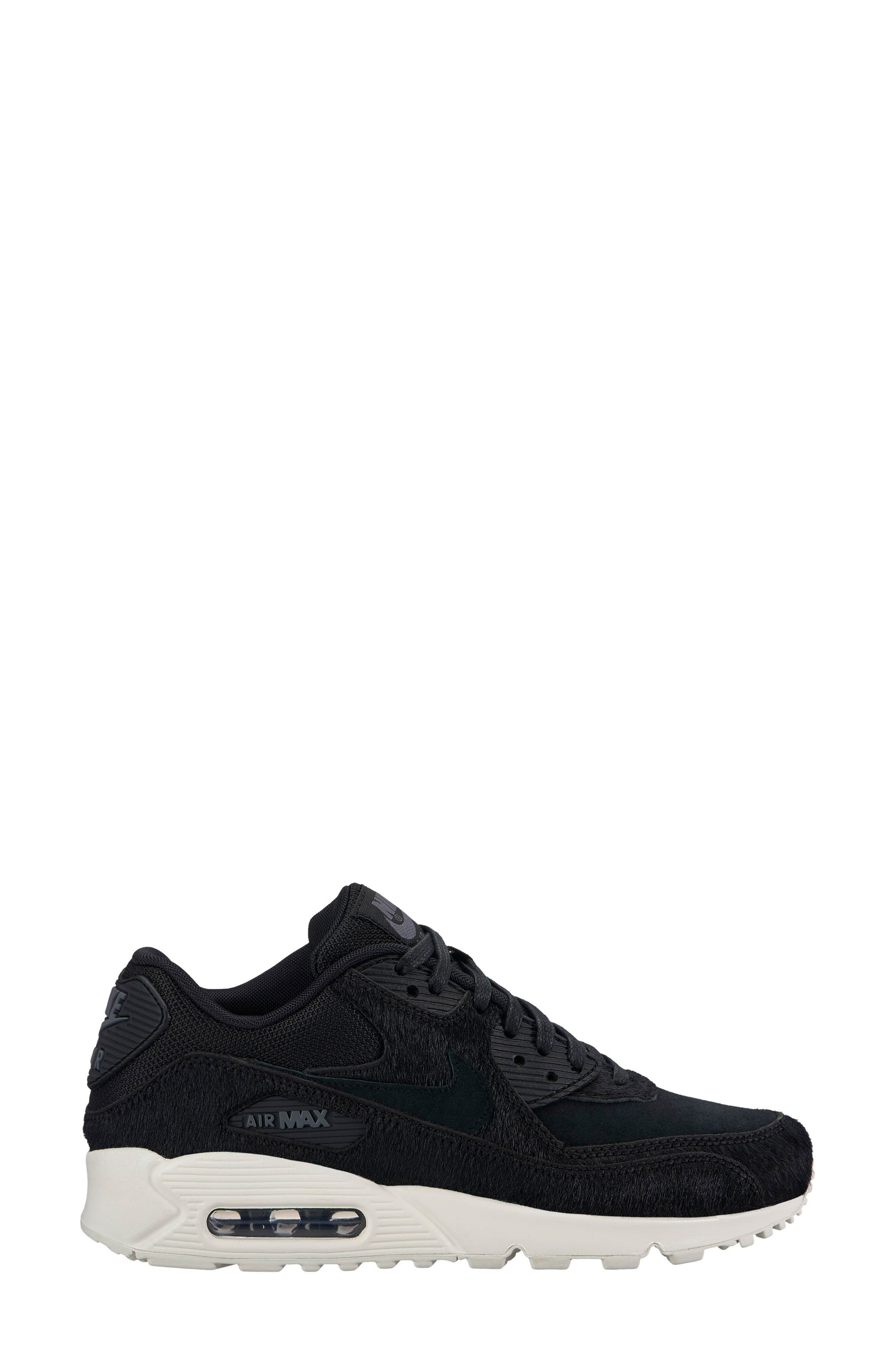 Nike Air Max 90 LX Sneaker (Women)