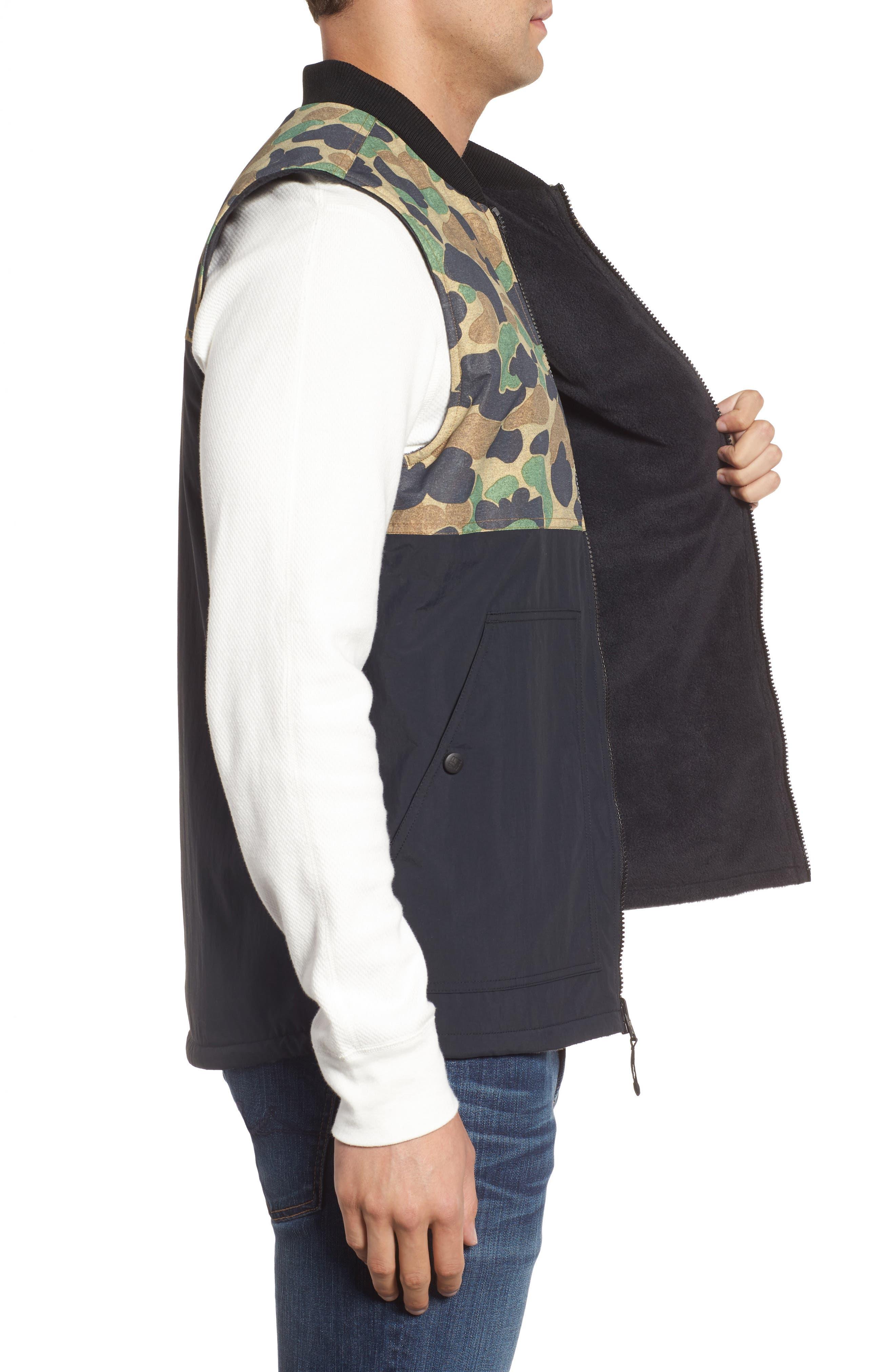Alternate Image 3  - Columbia Reversatility Vest