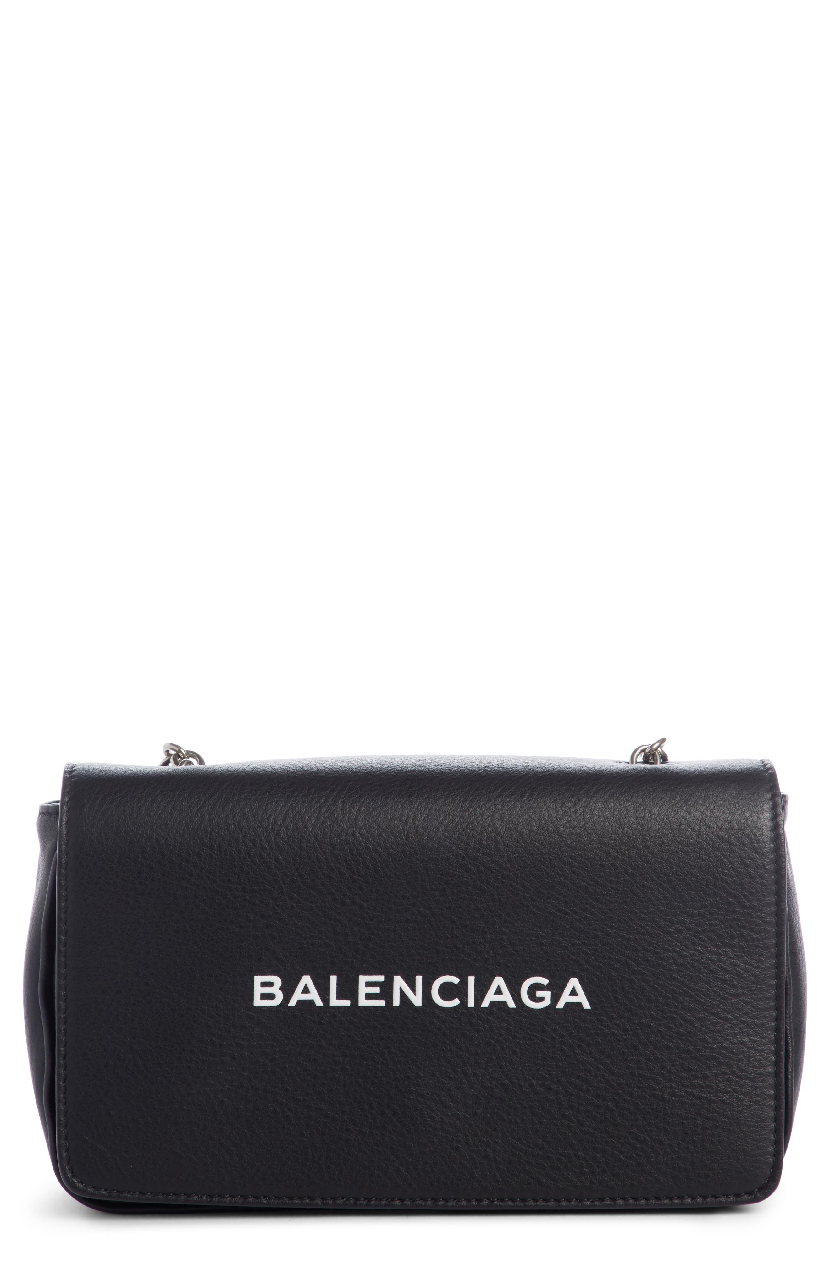 Everyday Calfskin Wallet on a Chain,                         Main,                         color, Noir/ Blanc