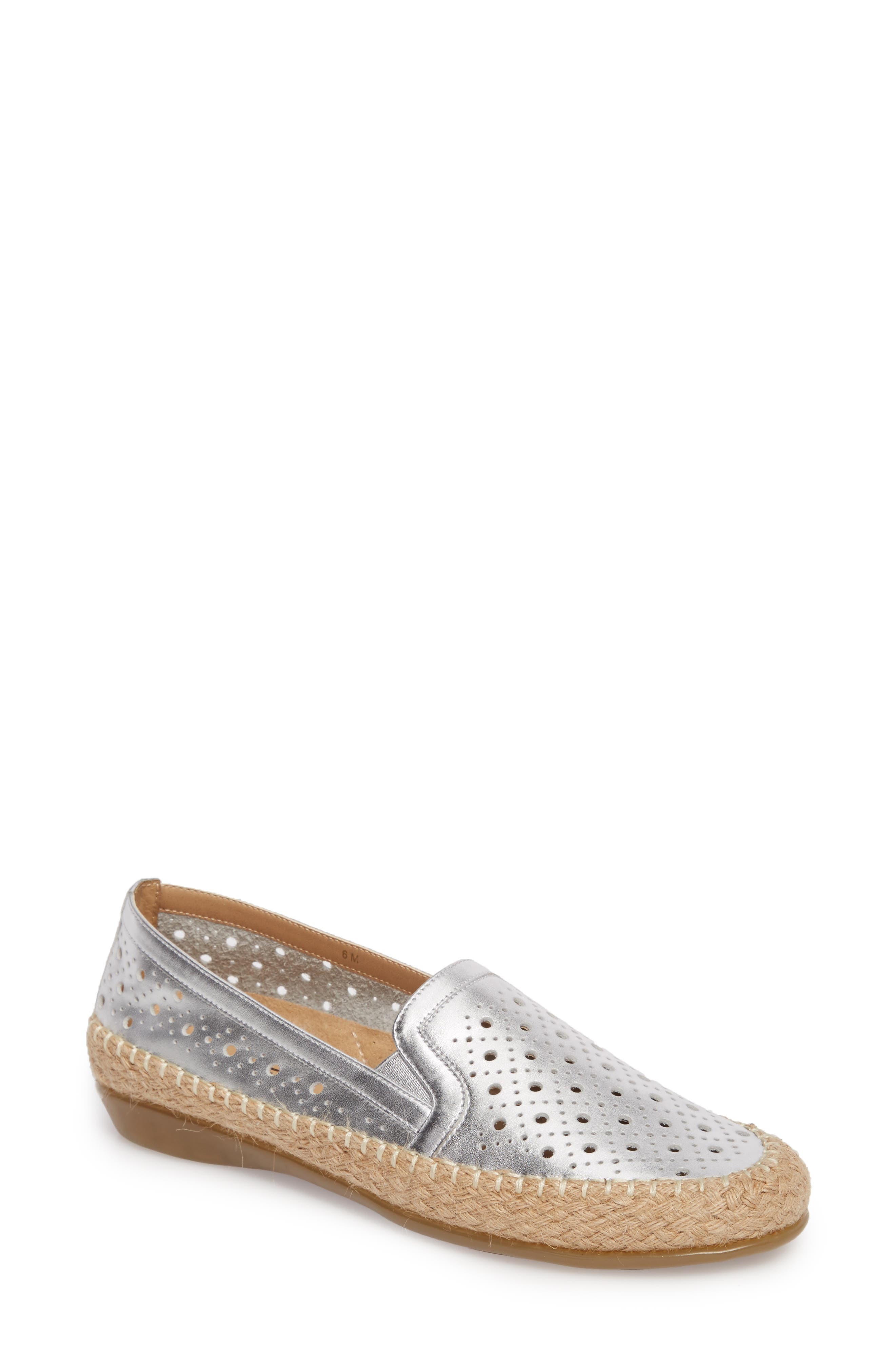 VANELi Nicki Perforated Espadrille Flat (Women)