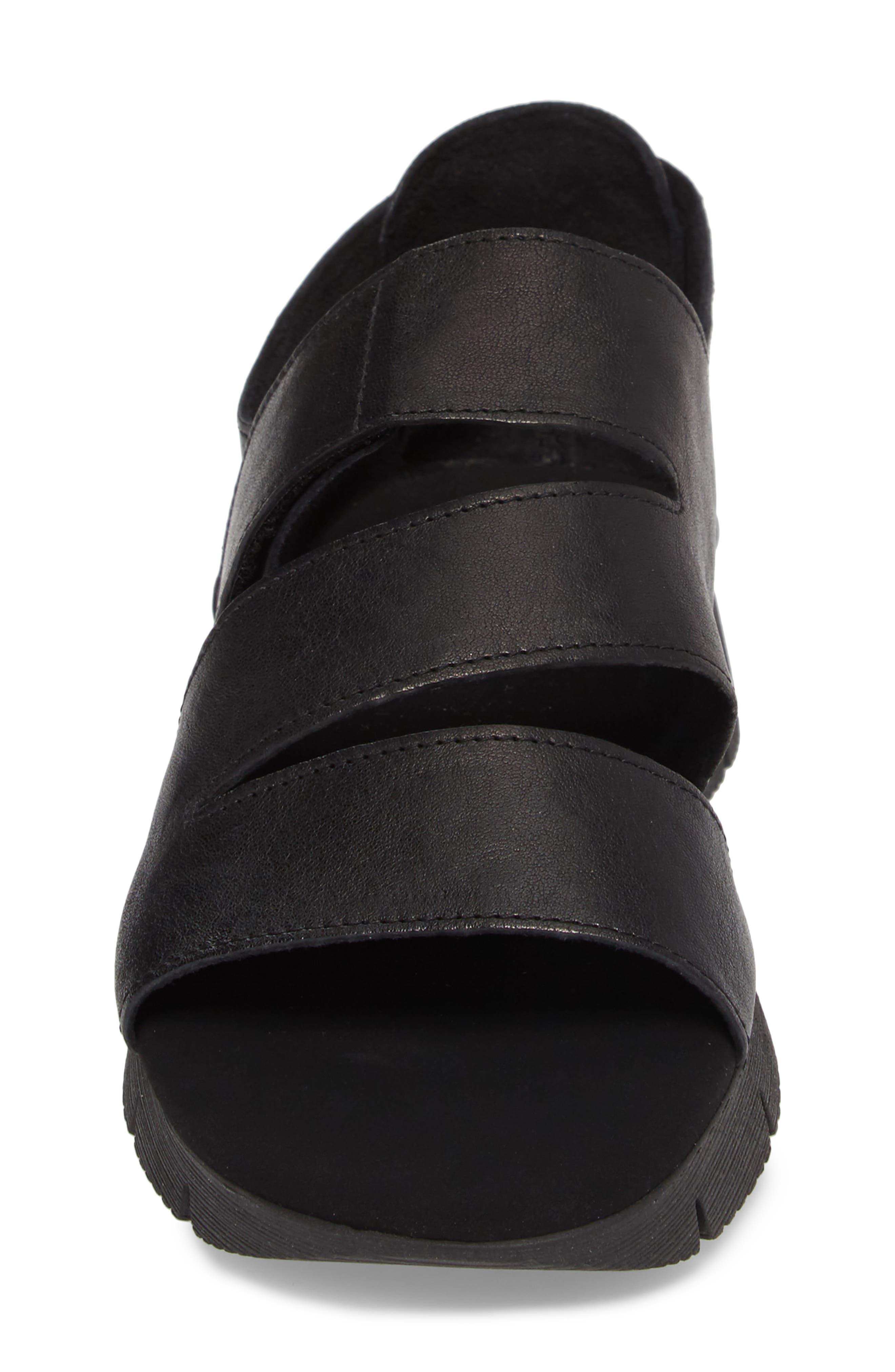 Tango Sandal,                             Alternate thumbnail 4, color,                             Black Rock/ Tory Black Rubber