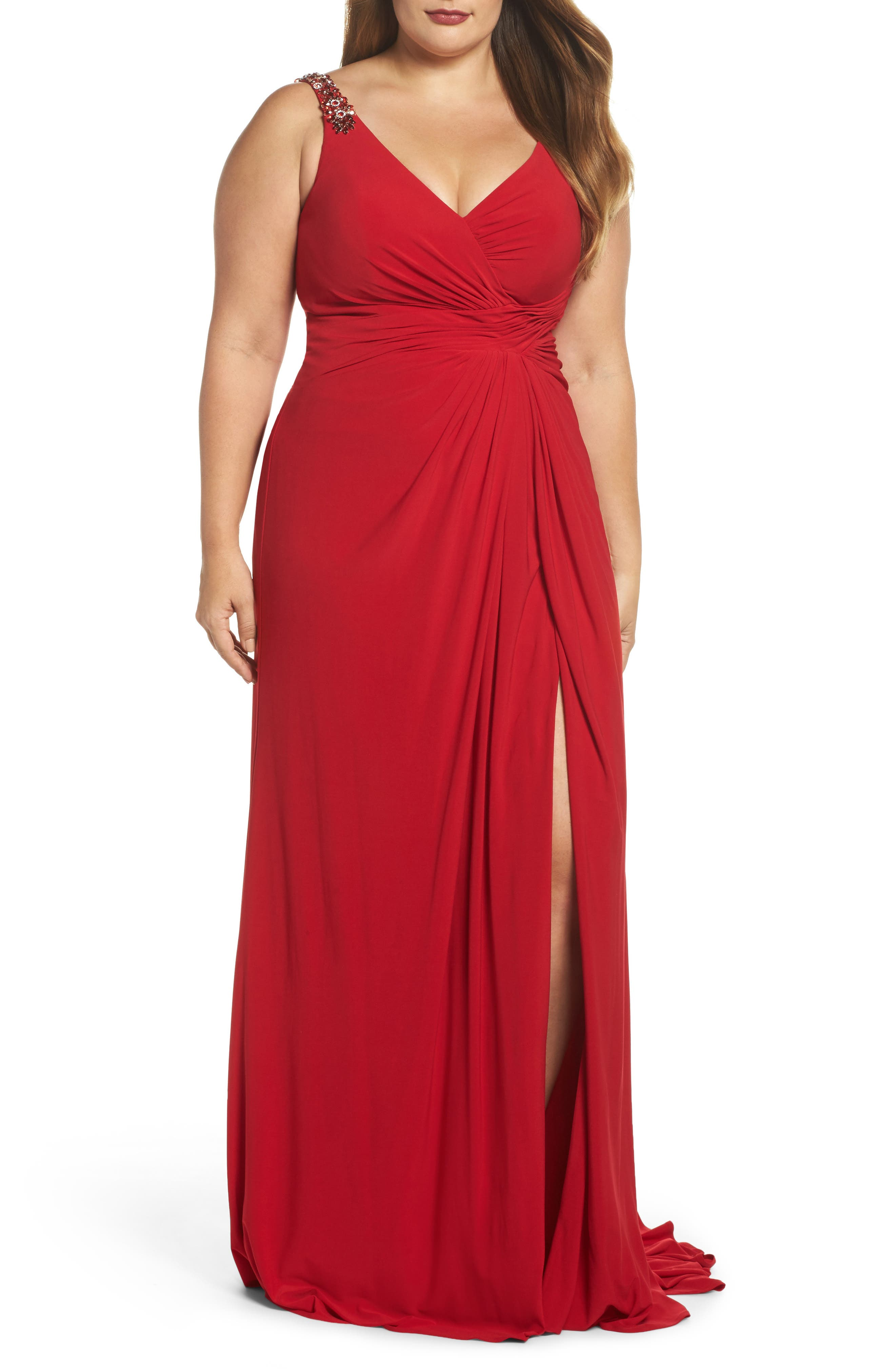 Main Image - Mac Duggal Embellished Shoulder Jersey Gown (Plus Size)