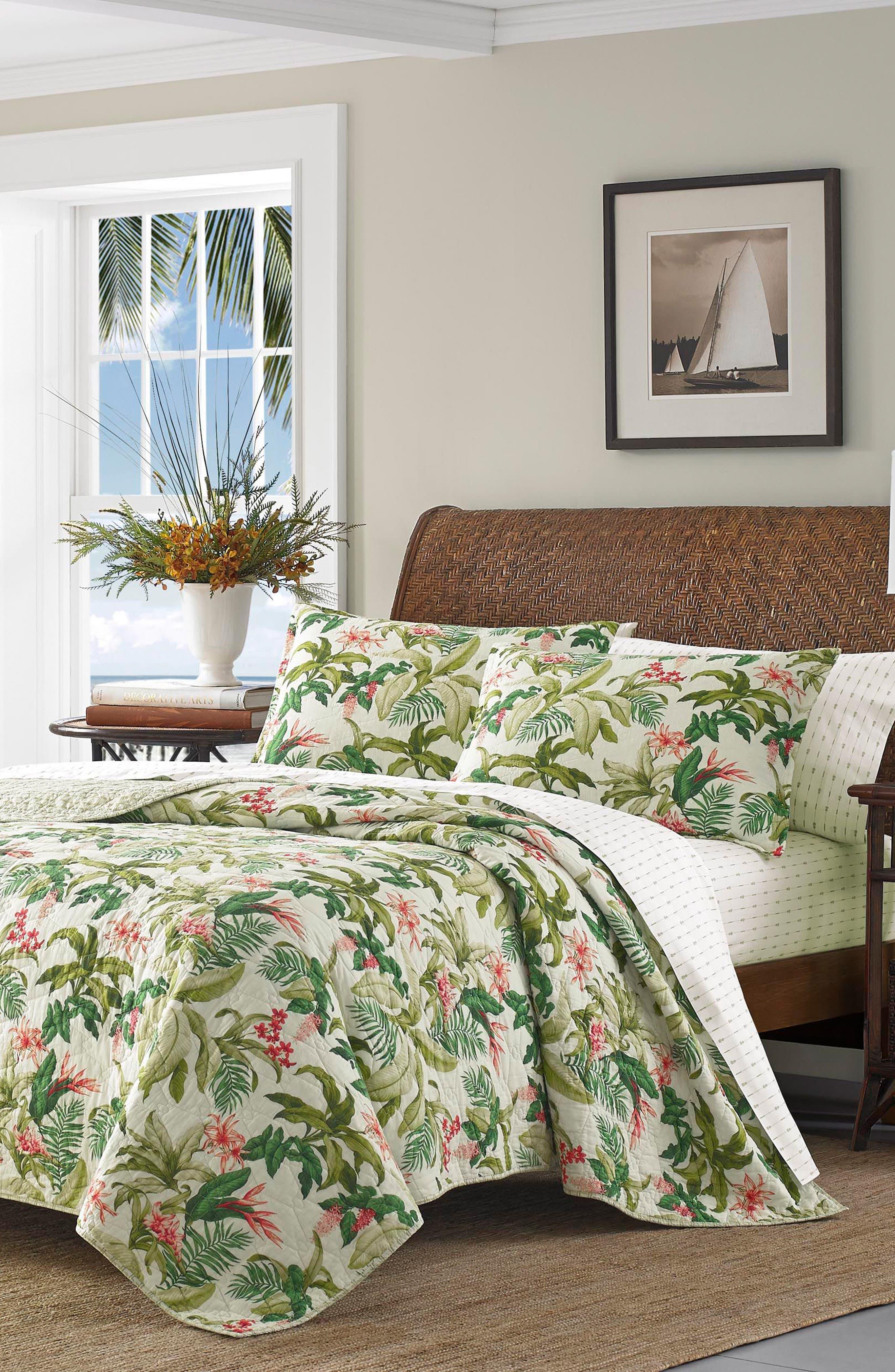 Monte Verde Quilt,                         Main,                         color, Medium Green