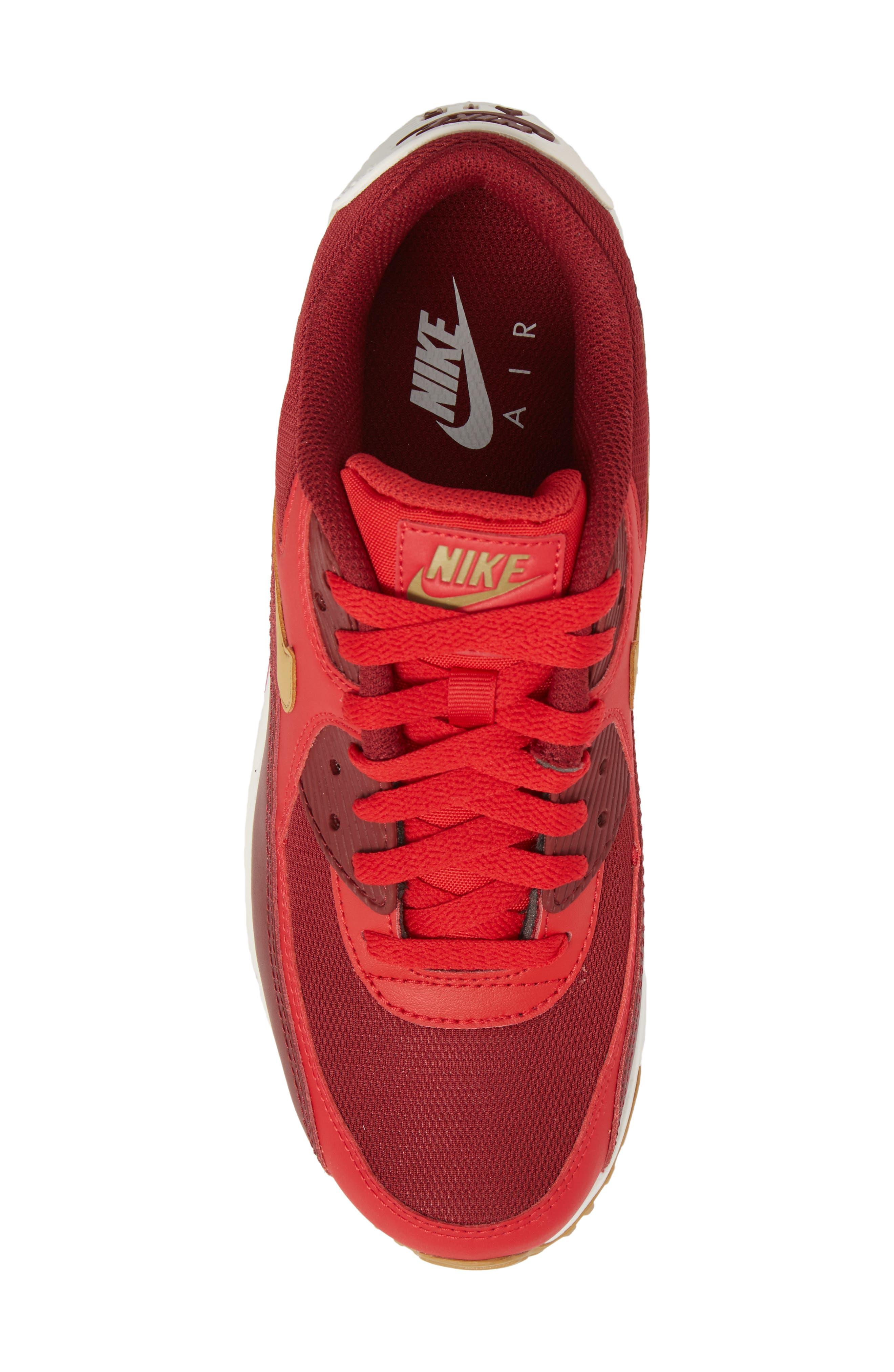 Alternate Image 5  - Nike 'Air Max 90 Essential' Sneaker (Men)