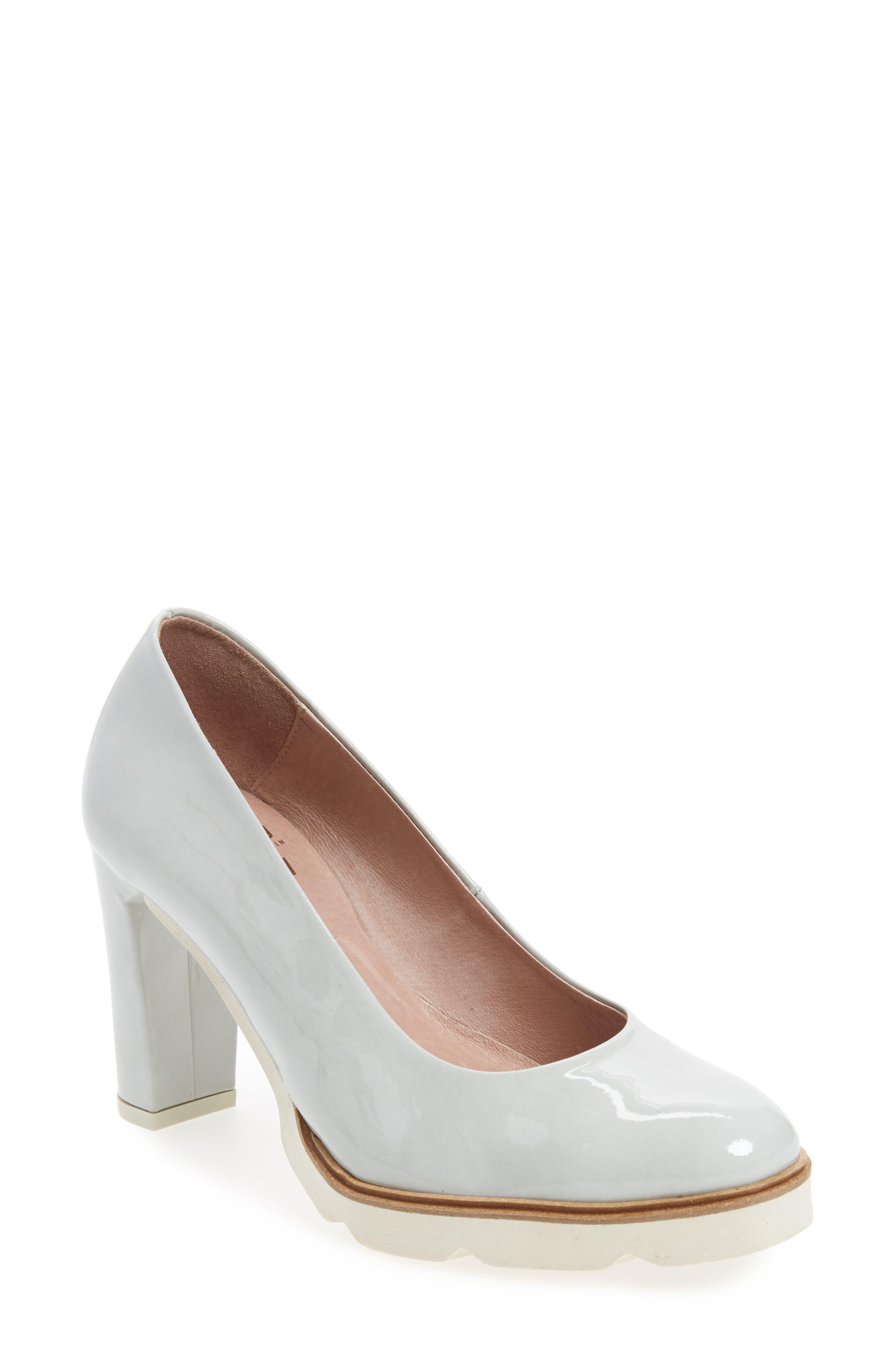 Block Heel Pump,                         Main,                         color, Light Grey Leather