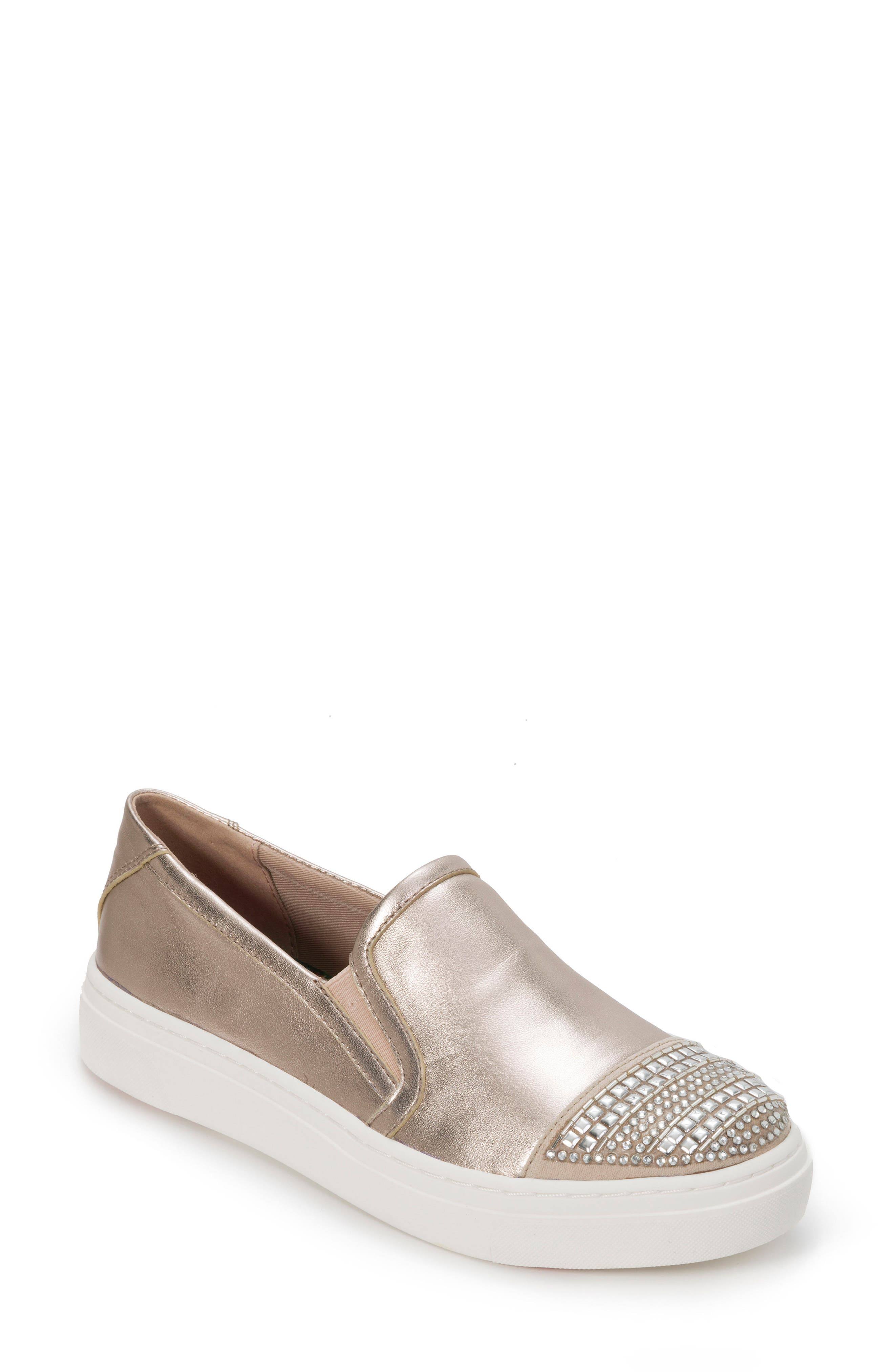 FOOT PETALS Finley Slip-On Sneaker in Champagne Leather