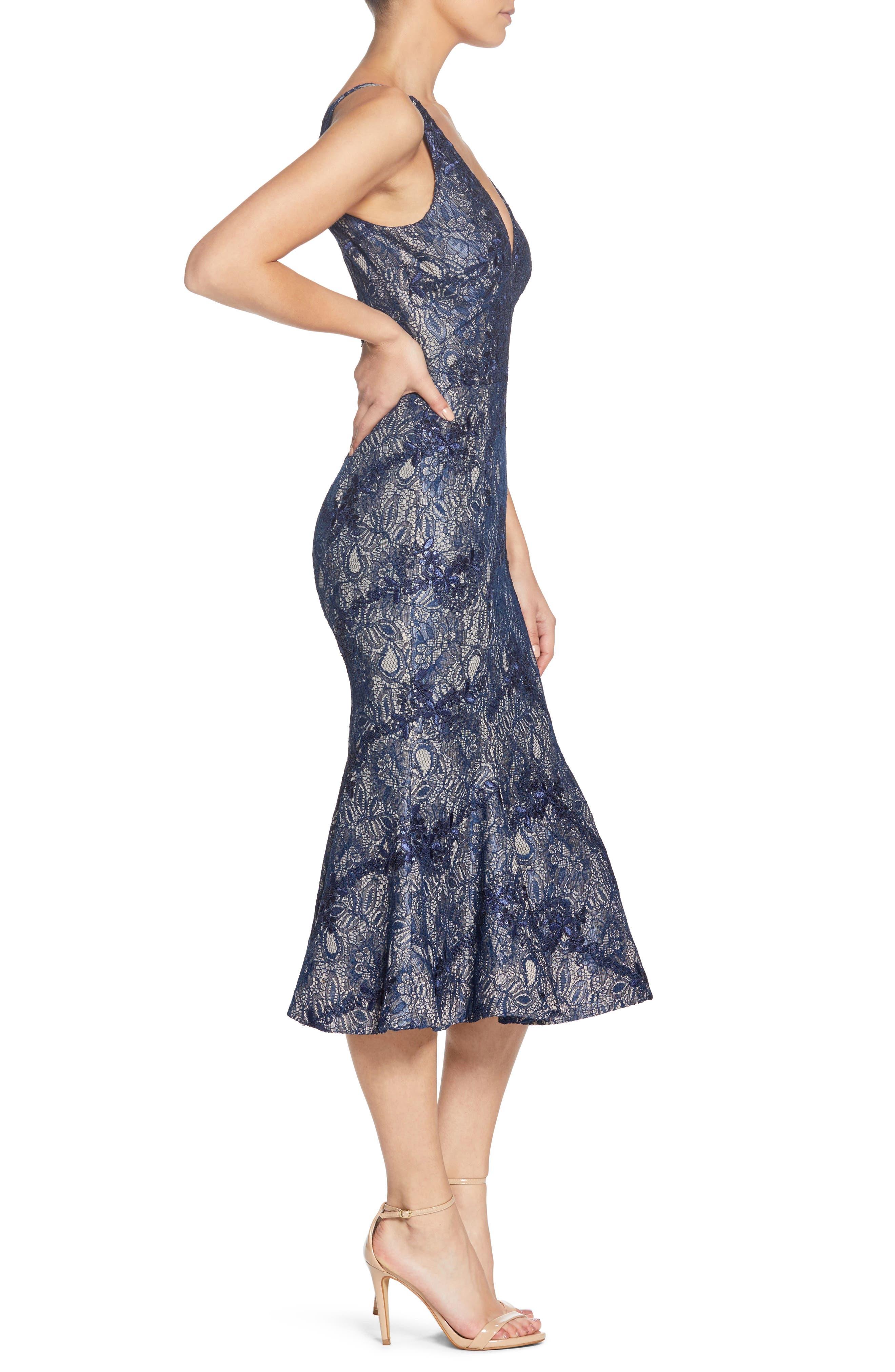 Isabelle Plunge Neck Lace Trumpet Dress,                             Alternate thumbnail 4, color,                             Navy/ Nude